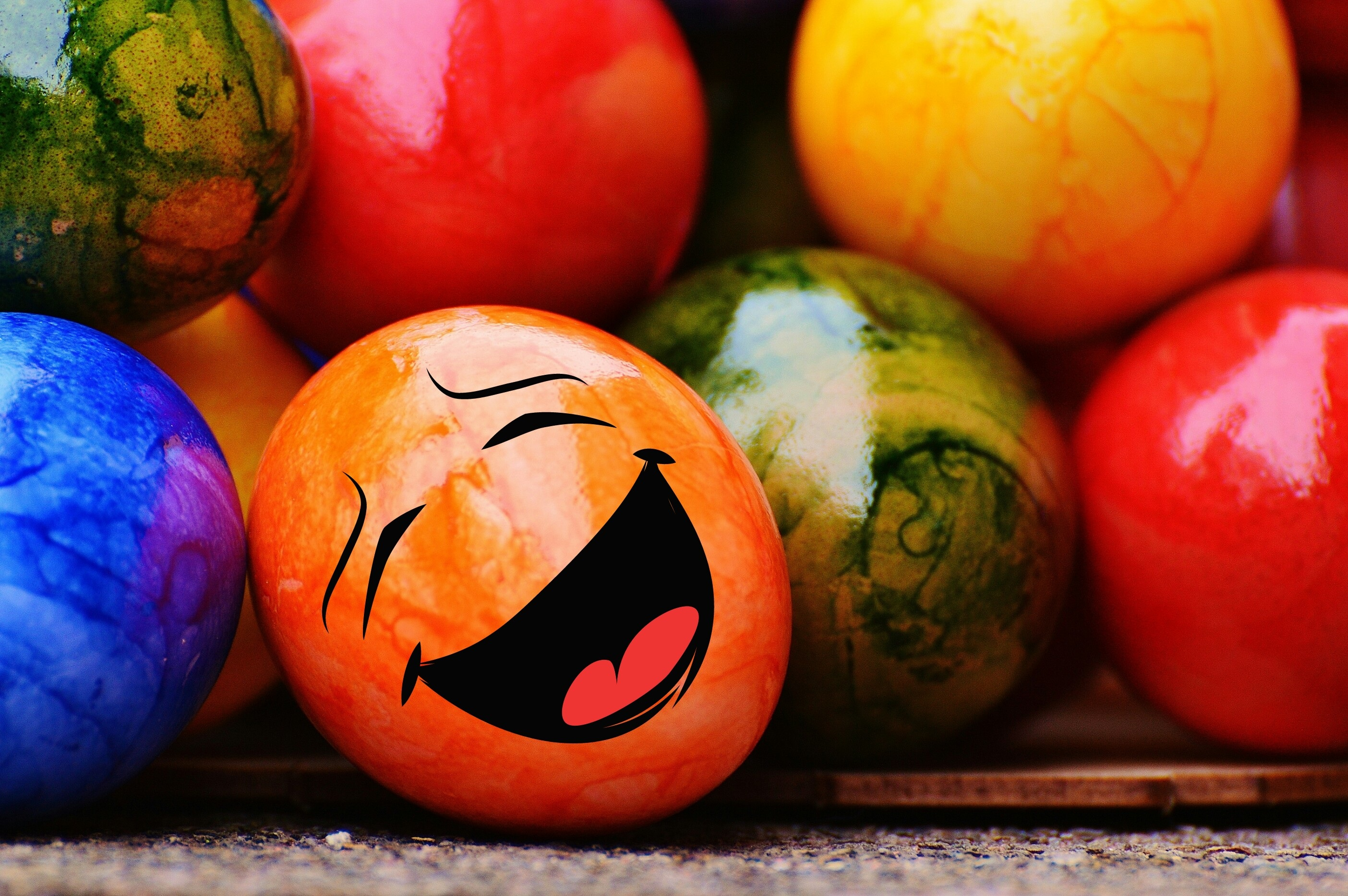 148818 Screensavers and Wallpapers Emoticon for phone. Download Holidays, Easter, Emoticon, Smiley, Easter Eggs pictures for free