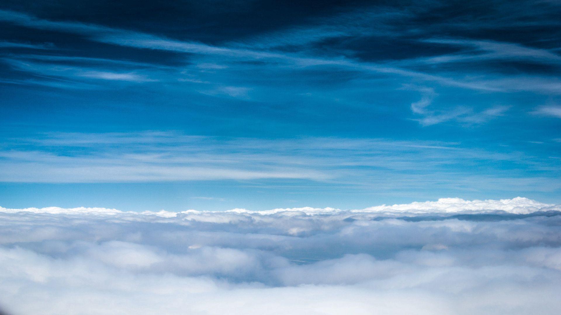 80121 papel de parede 2160x3840 em seu telefone gratuitamente, baixe imagens Natureza, Céu, Nuvens, Linhas, Altura, Frescor, Tons, Ar 2160x3840 em seu celular