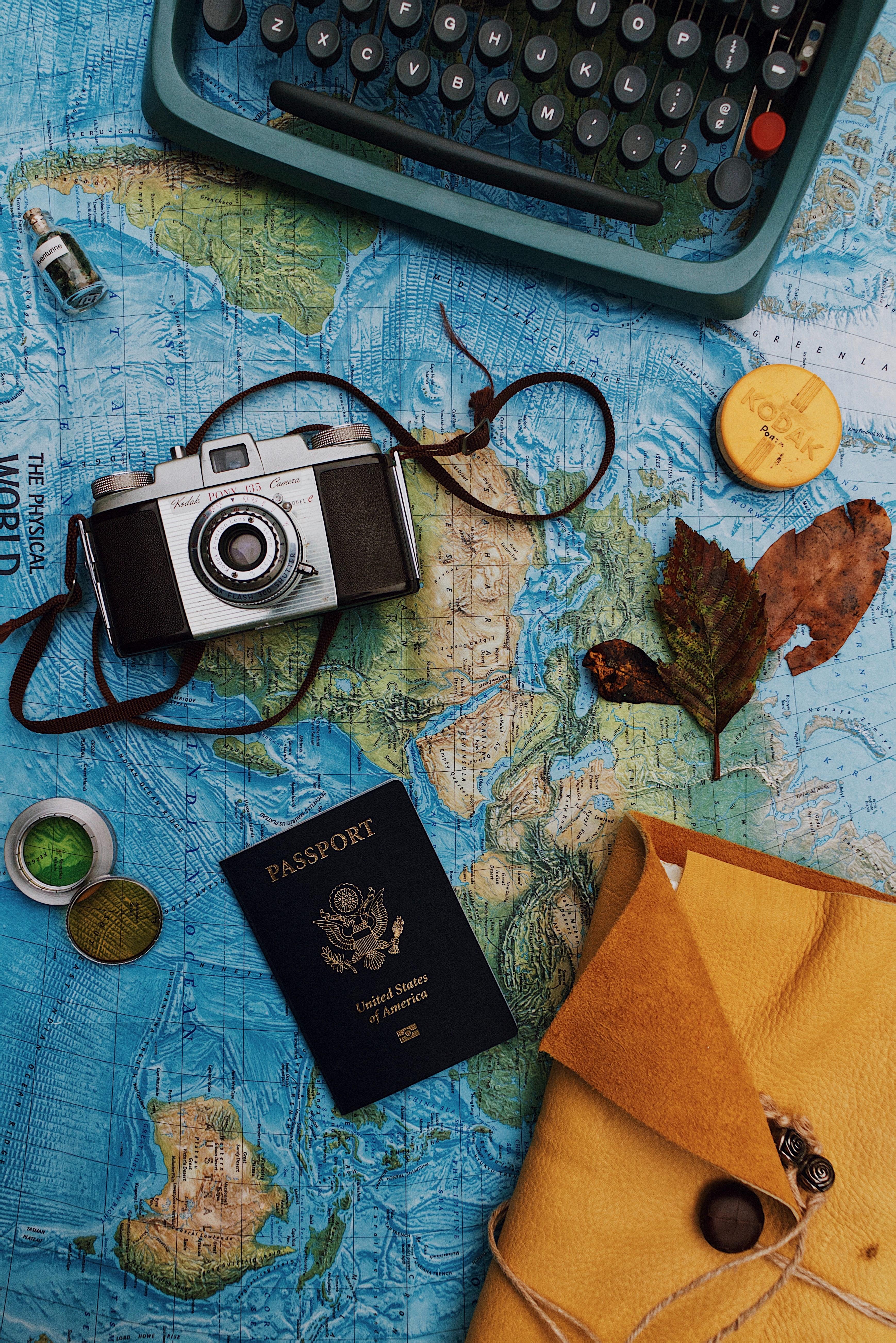 93871 Заставки и Обои Натюрморт на телефон. Скачать Карта, Натюрморт, Разное, Фотоаппарат, Паспорт картинки бесплатно