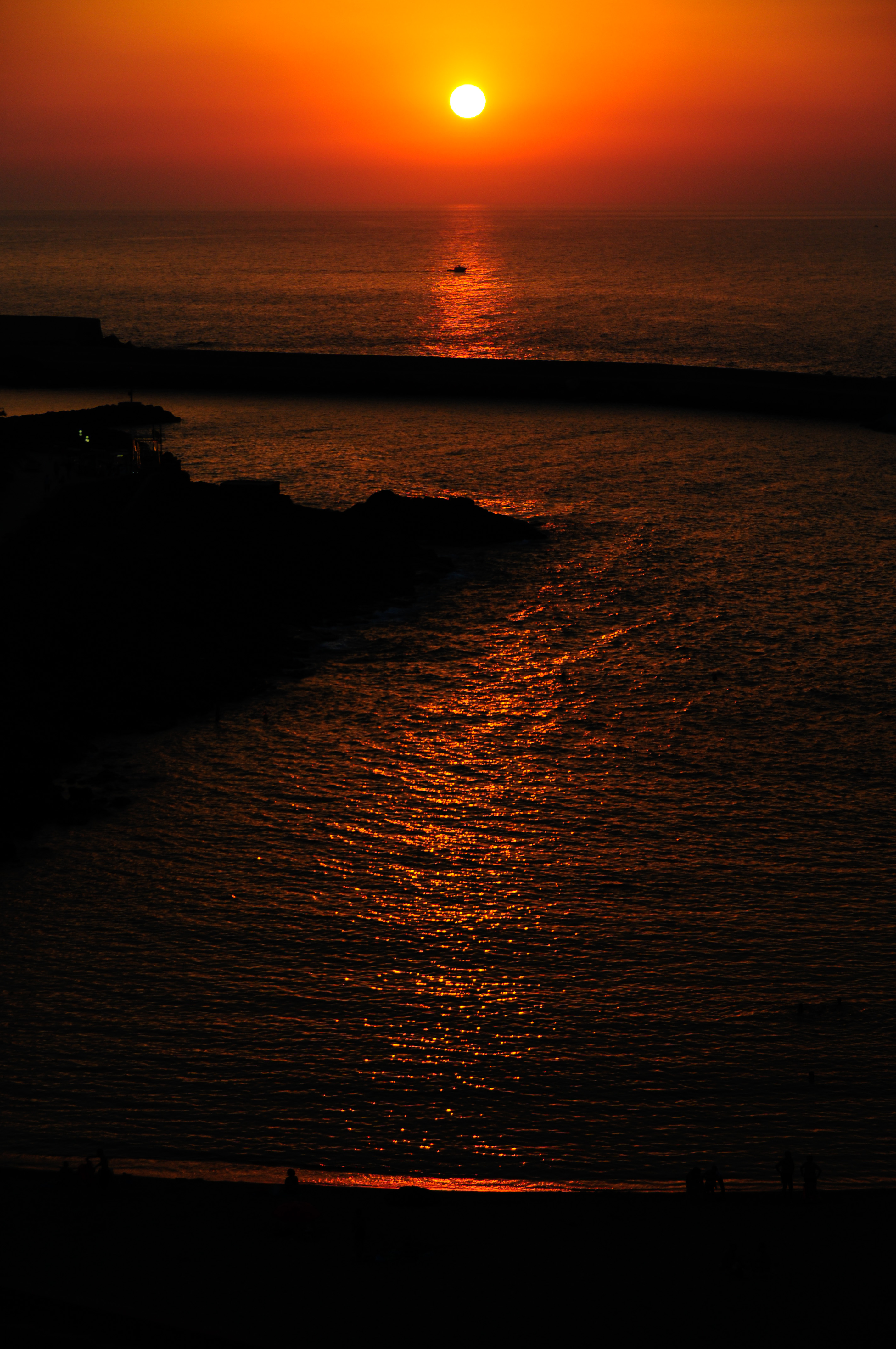 140756 download wallpaper Dark, Sunset, Sea, Dusk, Twilight, Landscape screensavers and pictures for free