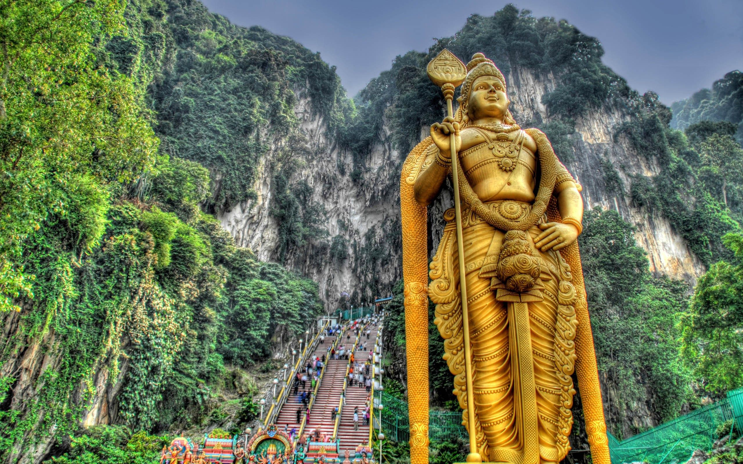 91718 download wallpaper Murugan, Malaysia, Statue, Stairs, Ladder, Elevation, People, Hdr, Cities screensavers and pictures for free