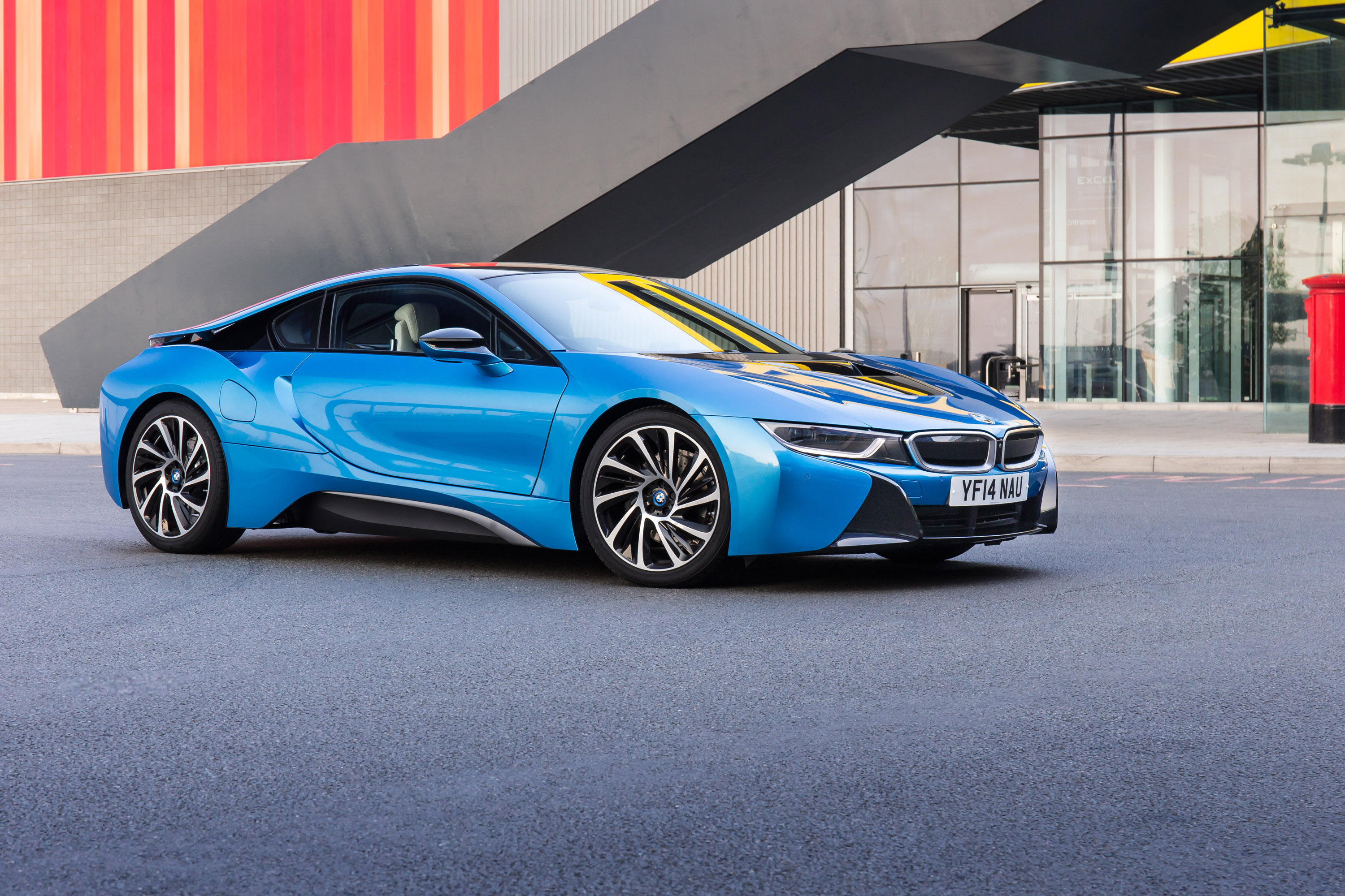 103641 Screensavers and Wallpapers Side View for phone. Download Bmw, Cars, Side View, 2015, I8 pictures for free