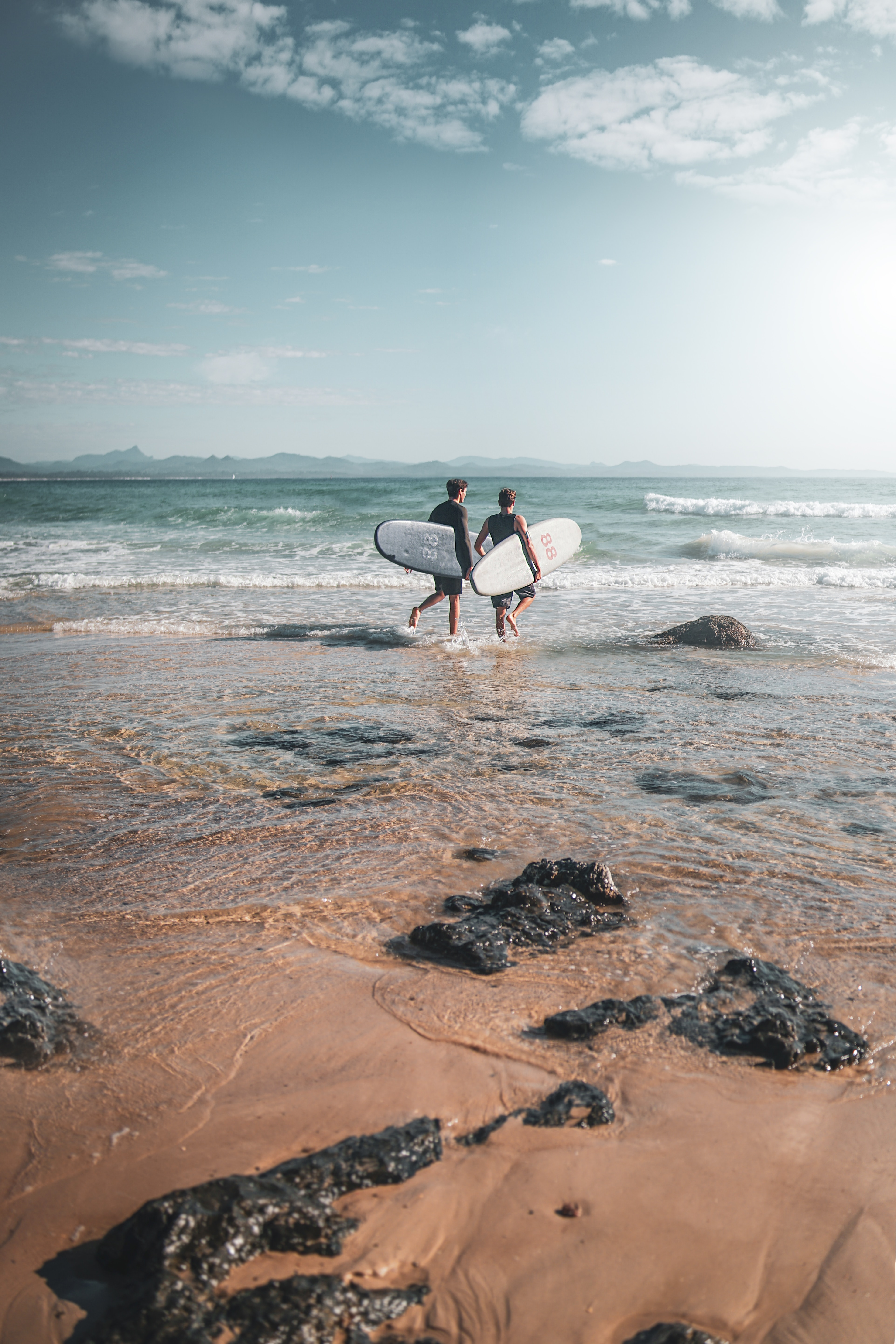 104339 download wallpaper Sports, Surfers, Serfing, Ocean, Beach, Waves screensavers and pictures for free