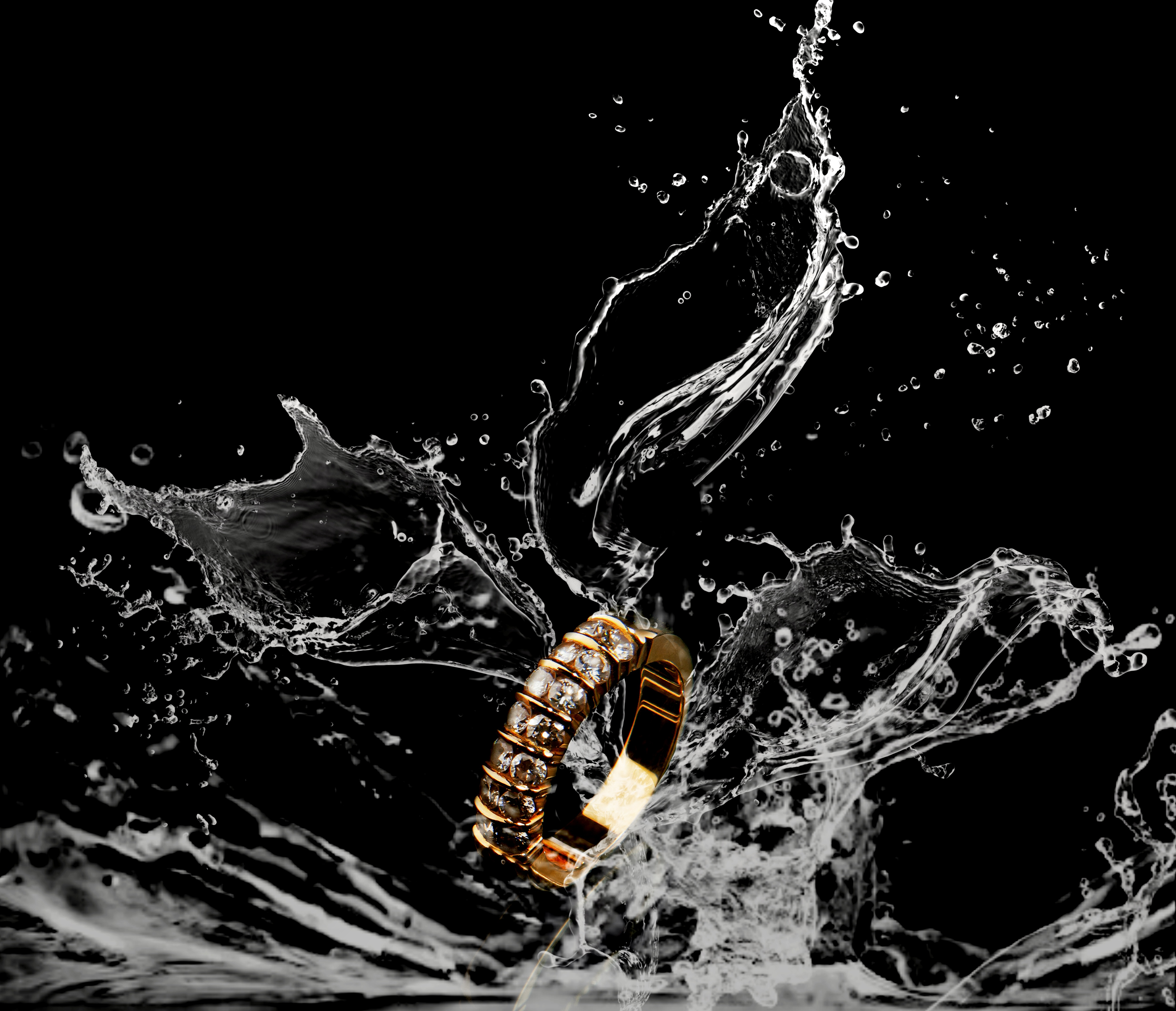 96309 download wallpaper Macro, Ring, Spray, Splash, Liquid screensavers and pictures for free