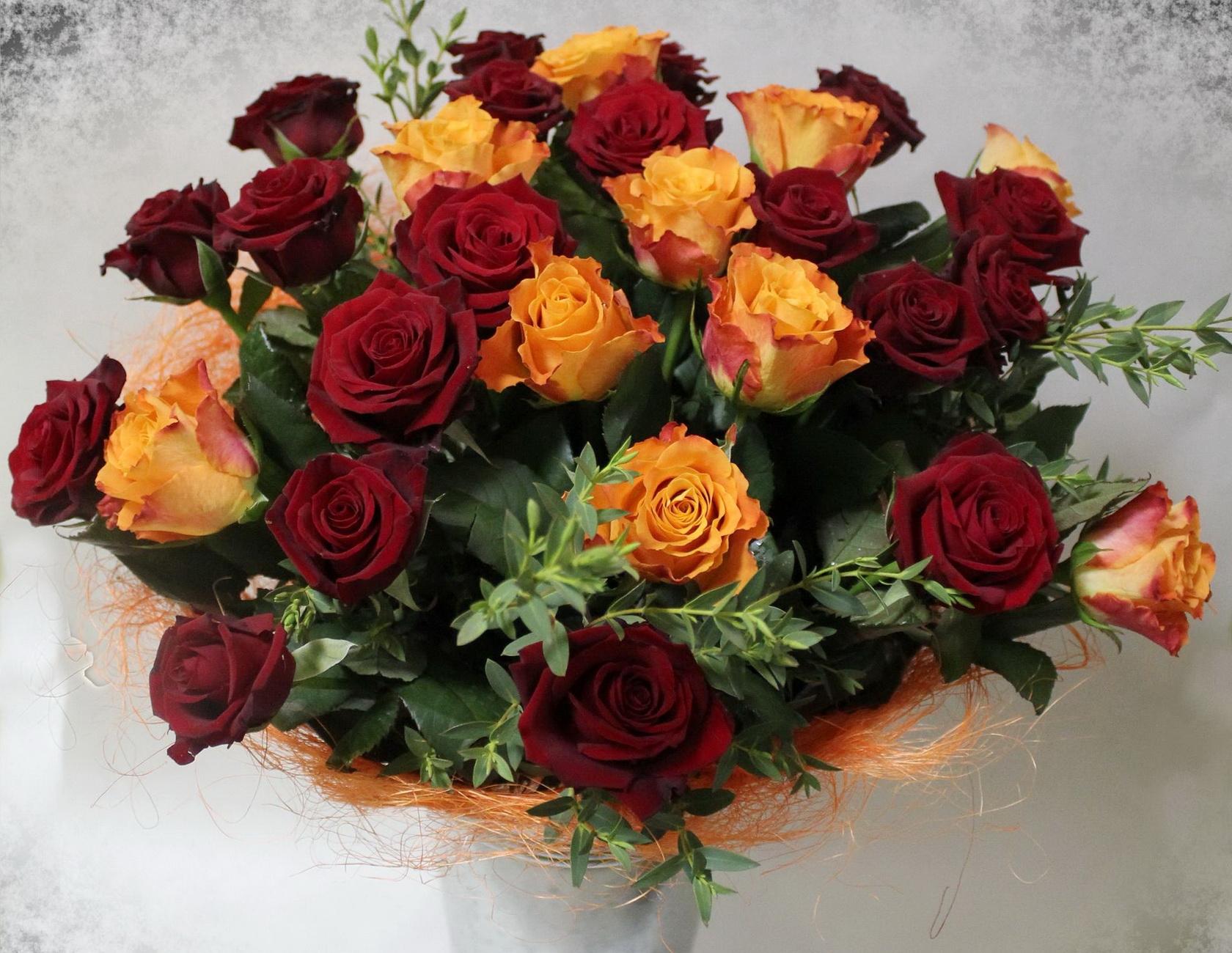 50710 скачать обои Розы, Цветы, Букет, Оформление, Много, Шикарно - заставки и картинки бесплатно