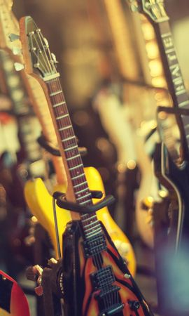43863 download wallpaper Music, Guitars, Objects screensavers and pictures for free