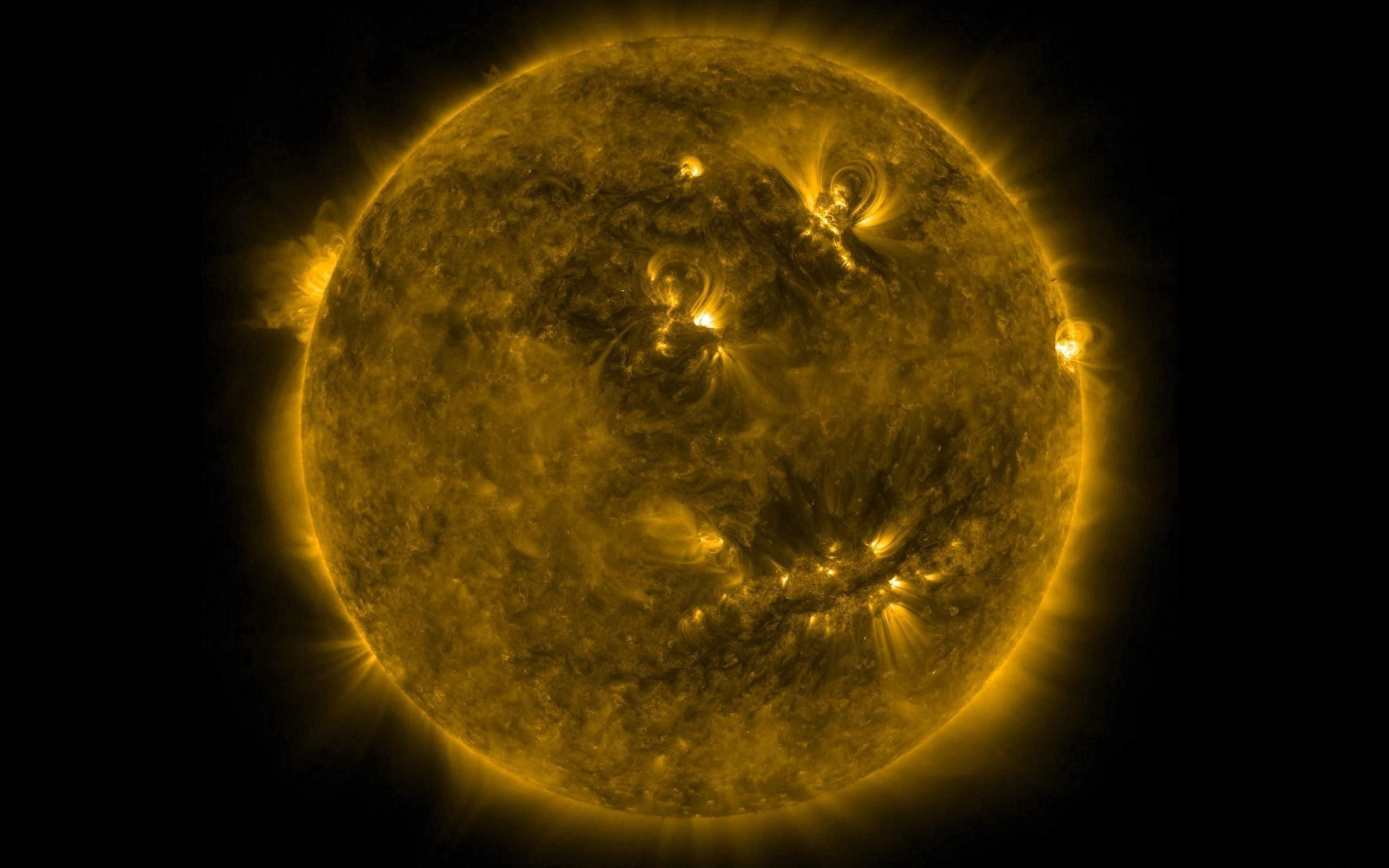 126346 download wallpaper Energy, Shine, Light, Radiation, Universe, Sun screensavers and pictures for free