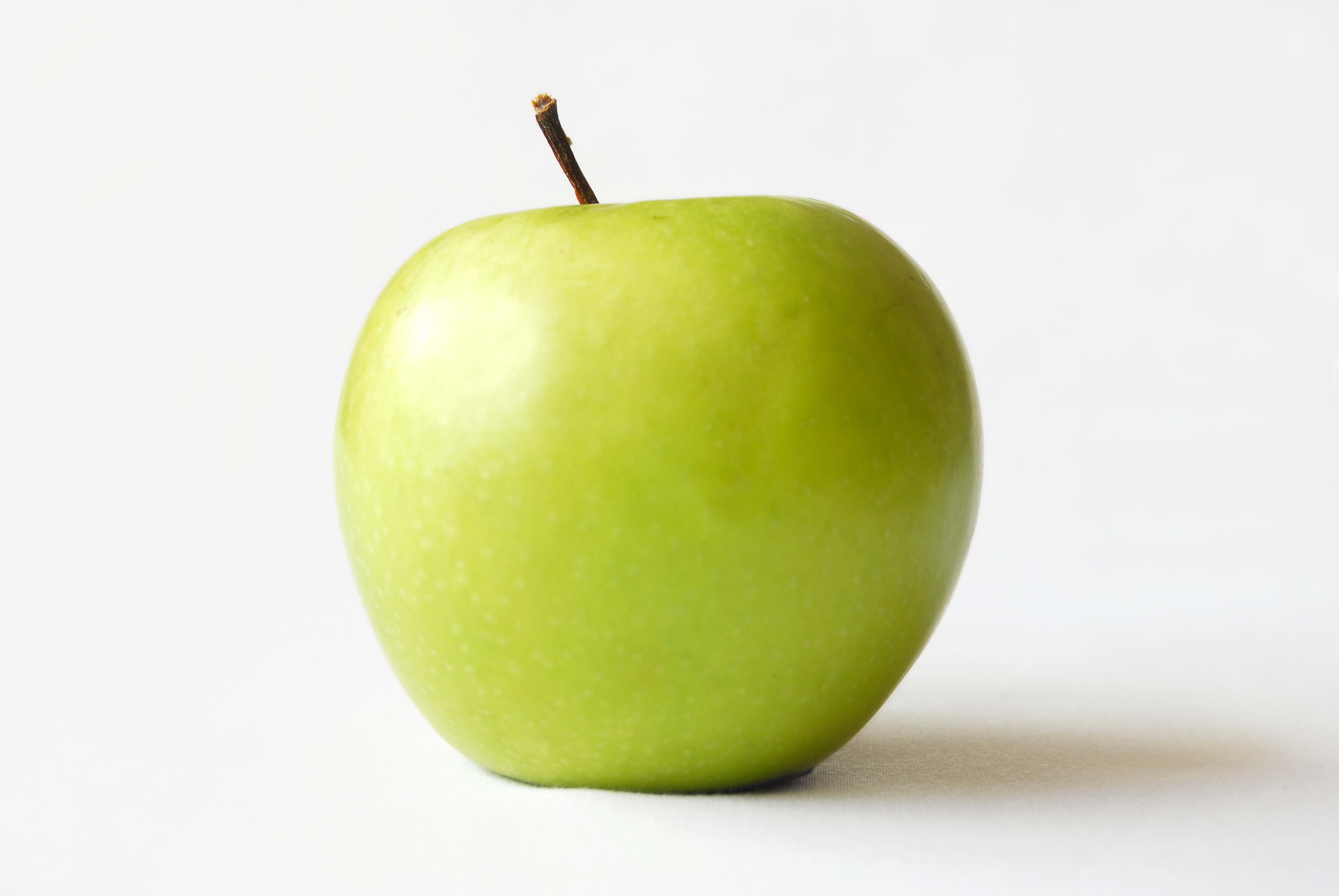 138150 Screensavers and Wallpapers Apple for phone. Download Food, Apple, White Background, Fruit pictures for free