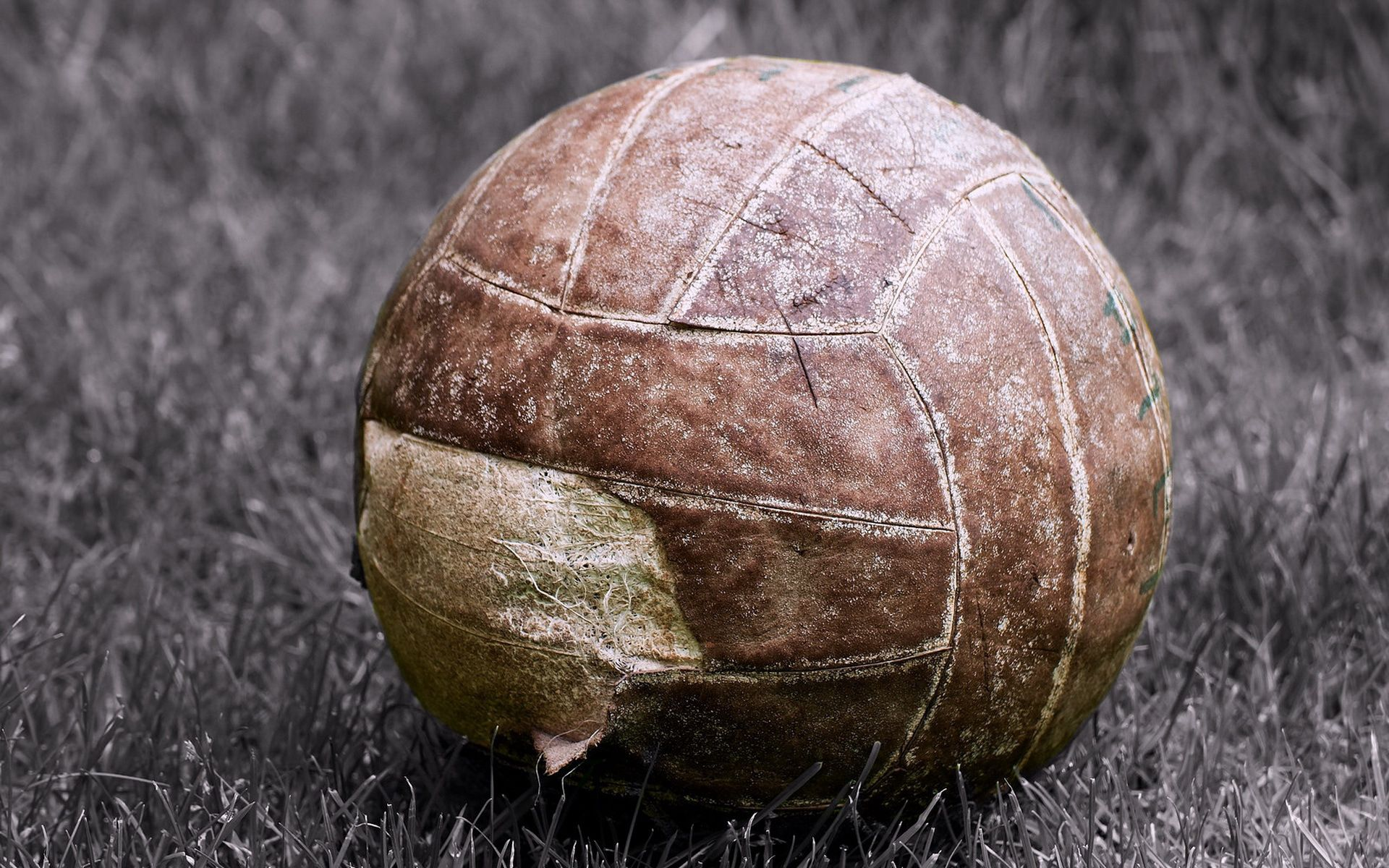 76349 download wallpaper Football, Sports, Old, Ball, Ragged screensavers and pictures for free