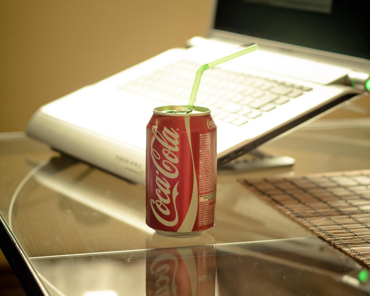 12516 Hintergrundbild herunterladen Marken, Lebensmittel, Coca-Cola, Getränke - Bildschirmschoner und Bilder kostenlos
