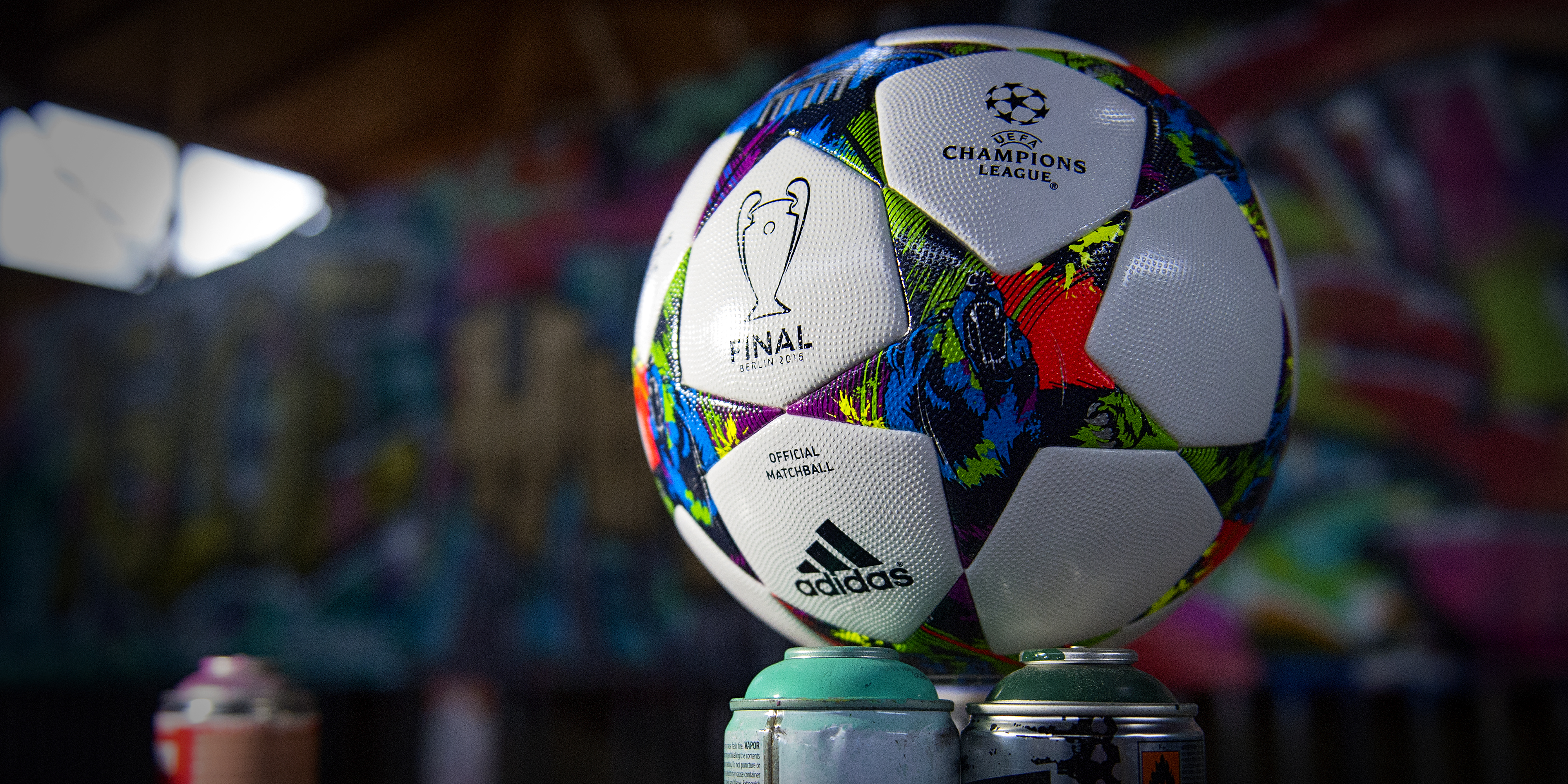 137688 download wallpaper Sports, Champions League, 2015, Barcelona, Juventus, Ball, Football screensavers and pictures for free
