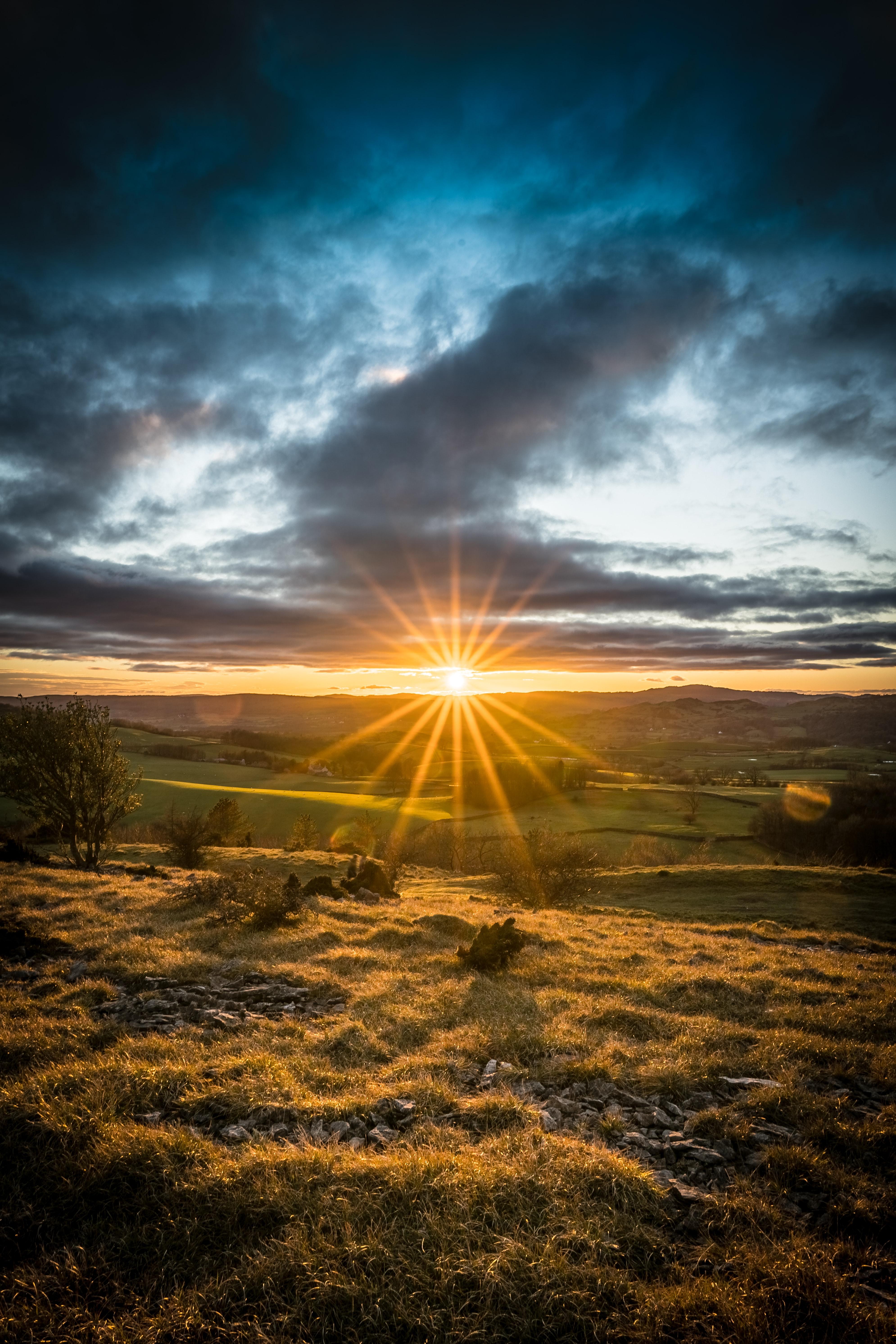 54935壁紙のダウンロード自然, 日没, ビーム, 光線, 輝く, 光, フィールド, 畑, サン, 風景-スクリーンセーバーと写真を無料で