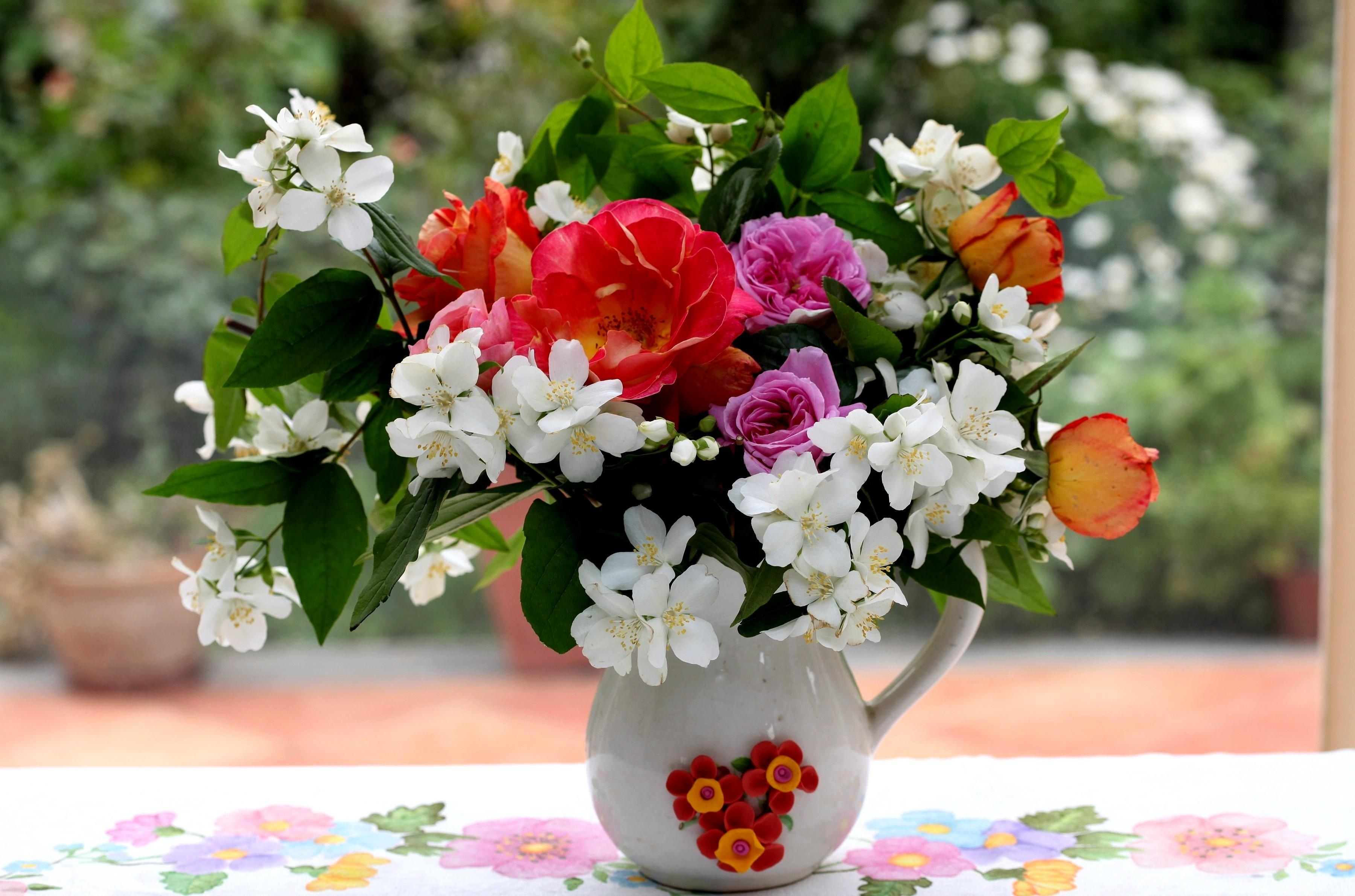 84550 download wallpaper Flowers, Roses, Leaves, Branches, Bouquet, Jug, Table, Jasmine screensavers and pictures for free