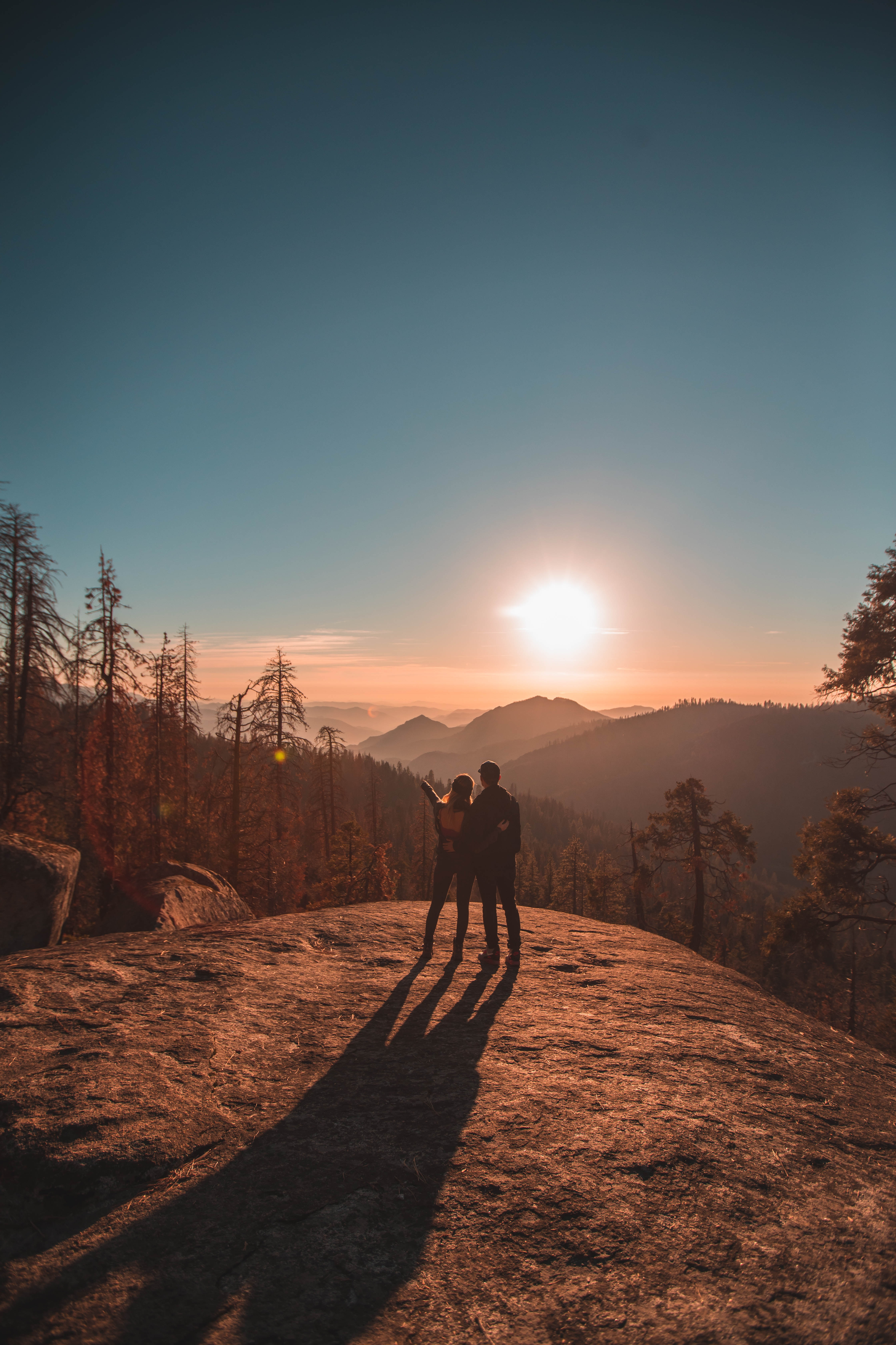 112083 download wallpaper Love, Couple, Pair, Journey, Sunset, Sequoia, National Park, Usa, United States, Mountains screensavers and pictures for free