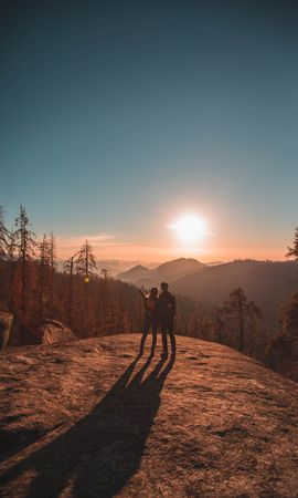 112083 télécharger le fond d'écran Amour, Coupler, Paire, Voyage, Coucher De Soleil, Séquoia, Sequoia, Parc National, Etats-Unis, États-Unis, Montagnes - économiseurs d'écran et images gratuitement