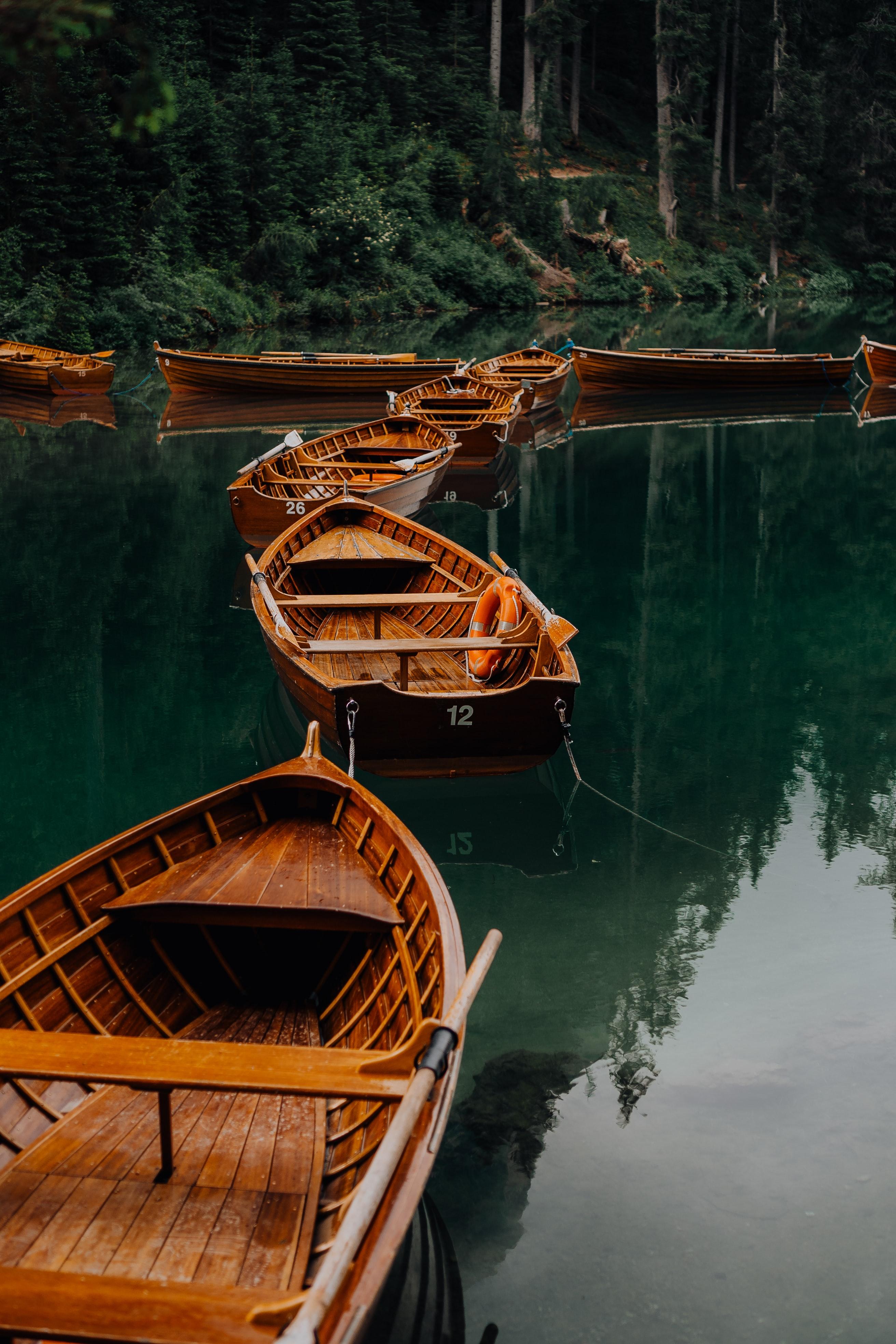 Скачать обои Лодки на телефон бесплатно