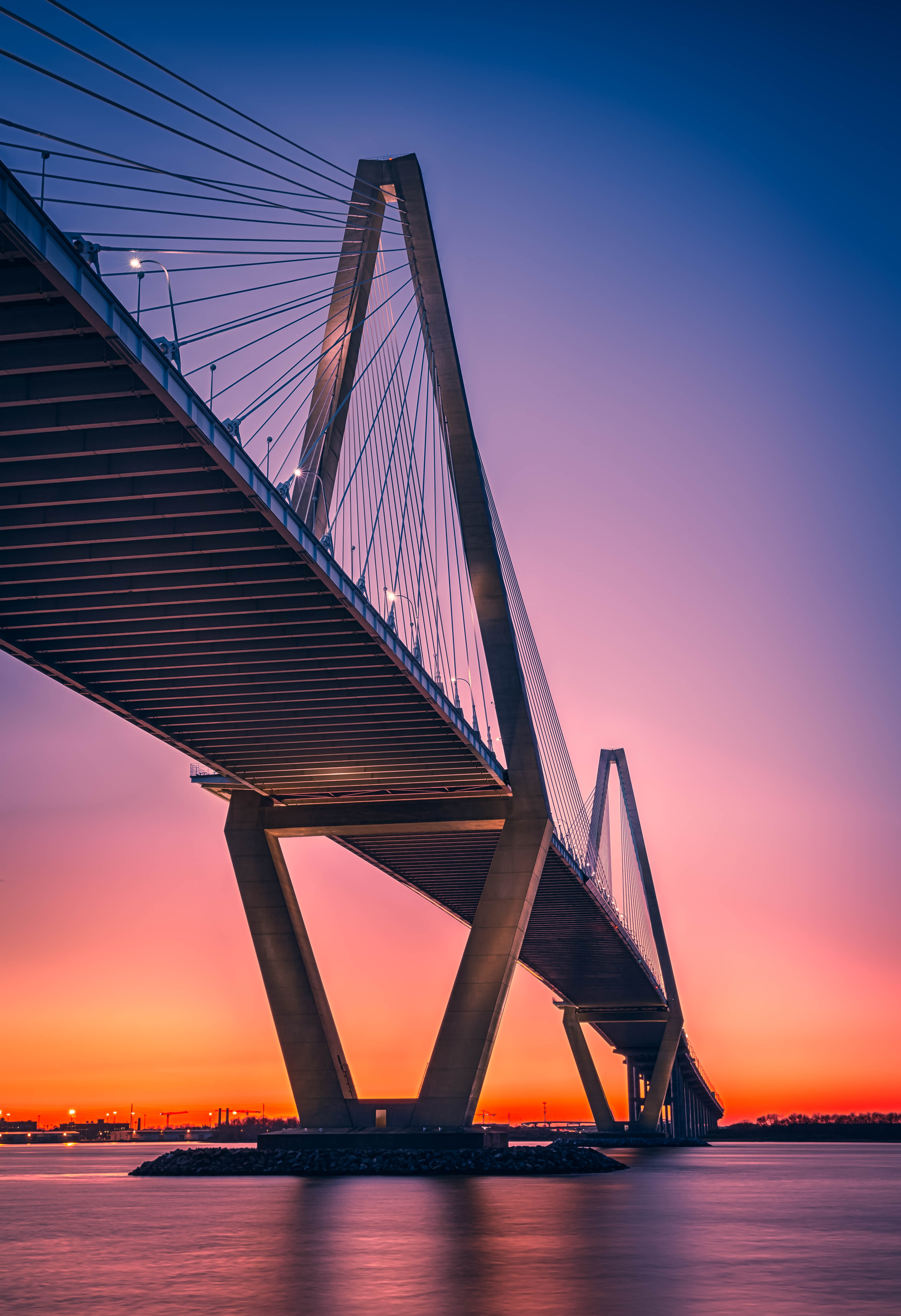 100567 обои 720x1520 на телефон бесплатно, скачать картинки Города, Закат, Архитектура, Мост, Конструкция 720x1520 на мобильный