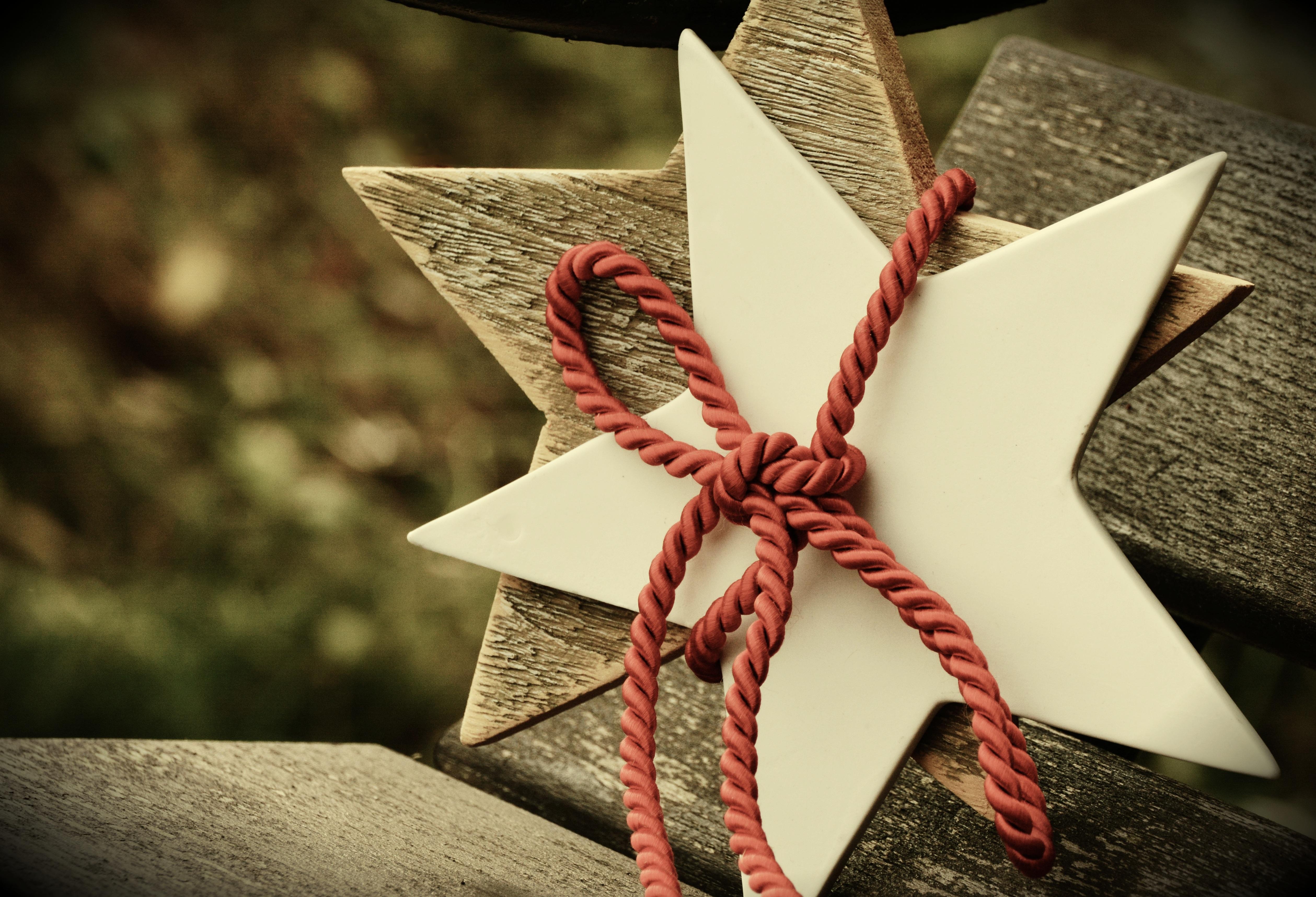 86049 Hintergrundbild herunterladen Feiertage, Weihnachten, Sterne, Star, Seil - Bildschirmschoner und Bilder kostenlos