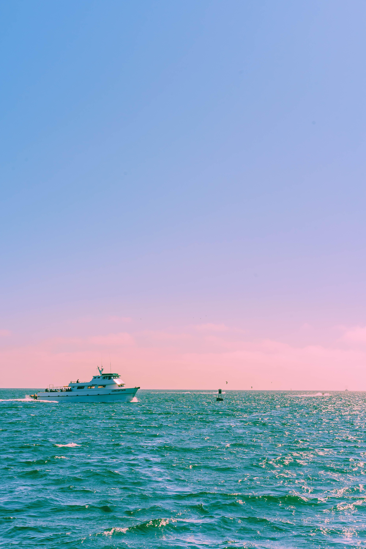 151261 скачать обои Природа, Корабль, Море, Горизонт, Пастель, Волны - заставки и картинки бесплатно