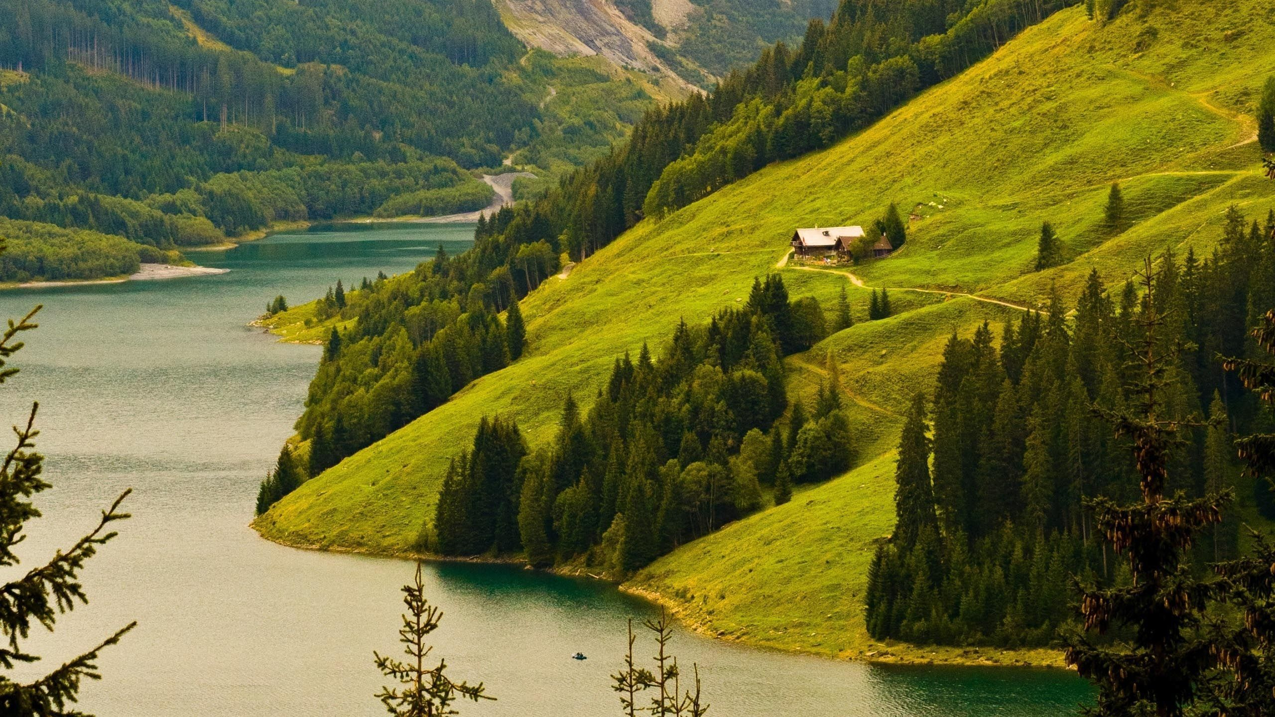 32800 download wallpaper Landscape, Rivers, Mountains screensavers and pictures for free