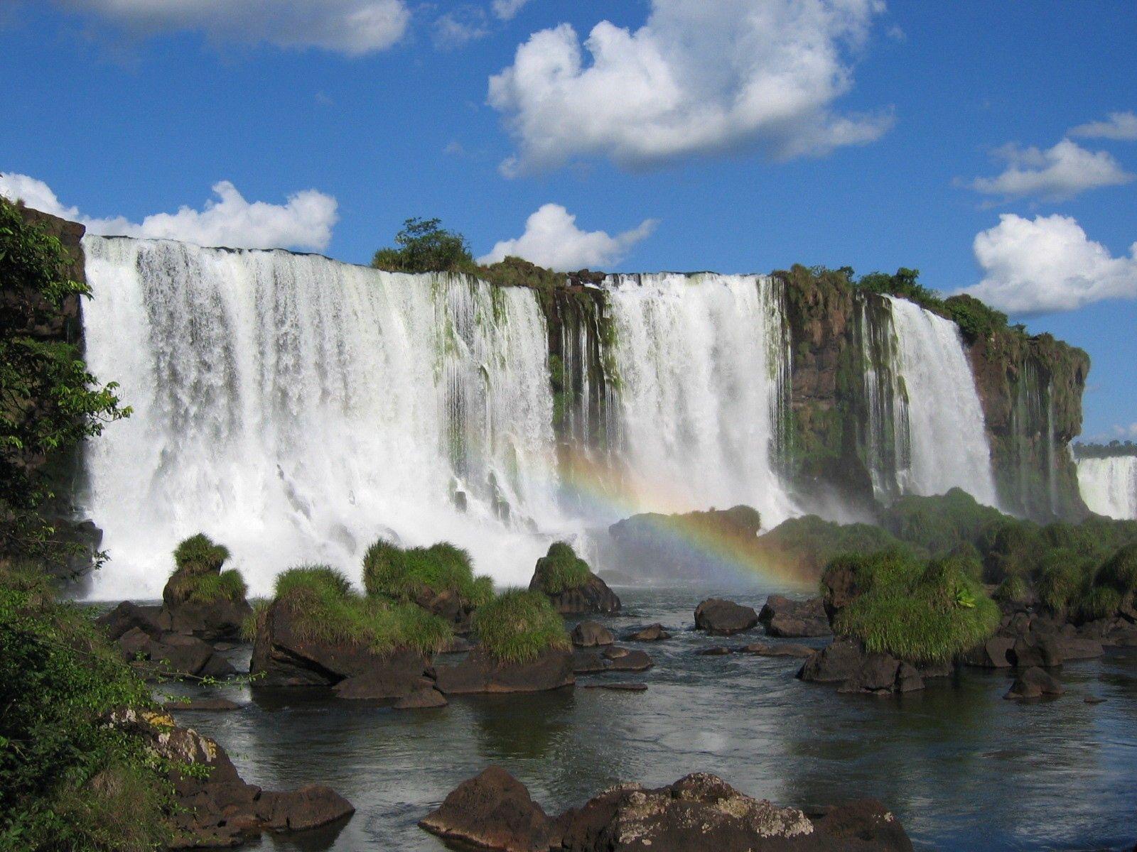 93860 Hintergrundbild herunterladen Natur, Stones, Sky, Clouds, Wasserfälle, Regenbogen, Felsen, Die Steine - Bildschirmschoner und Bilder kostenlos