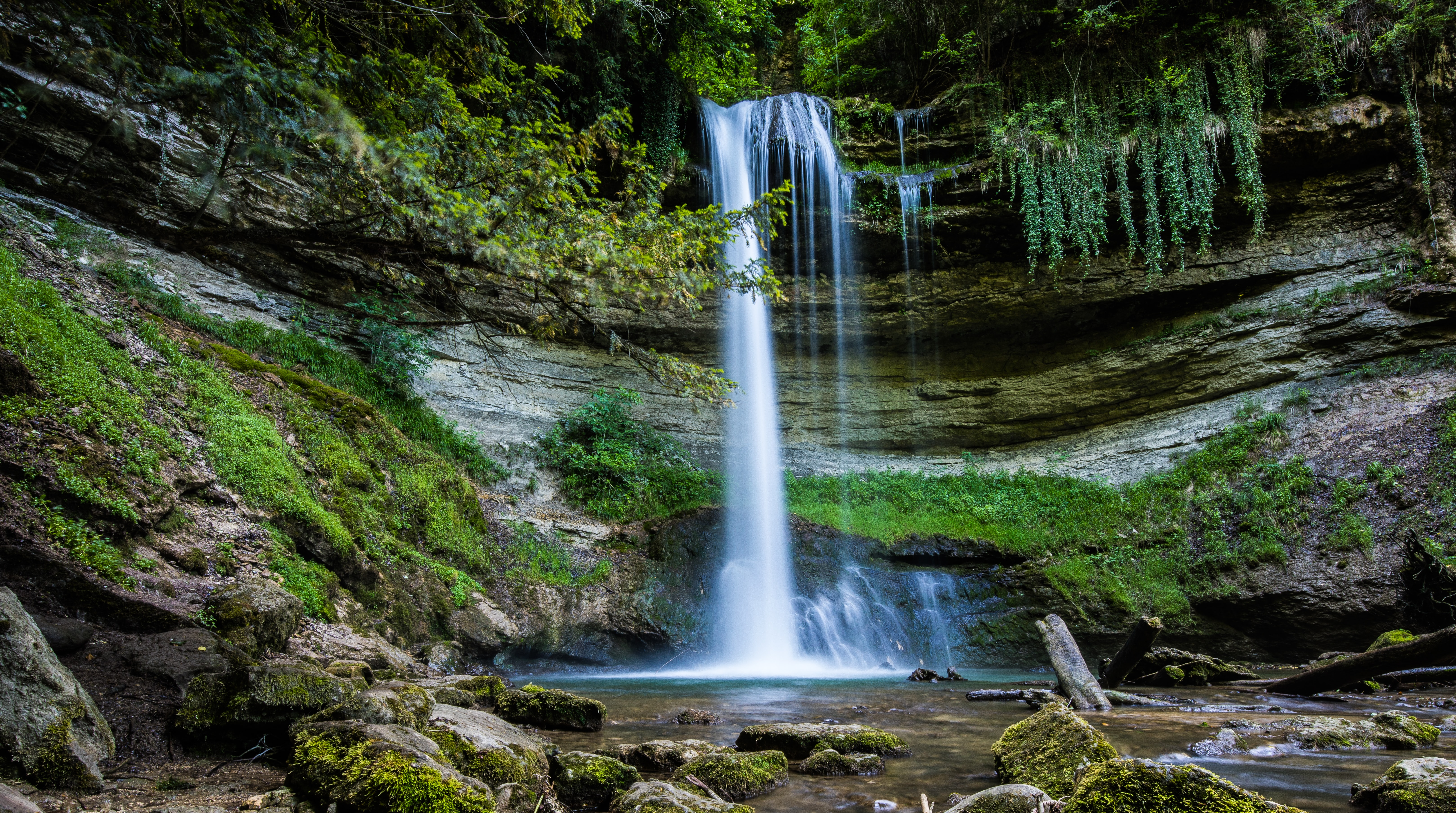 111122 завантажити шпалери Пейзаж, Природа, Вода, Скелі, Порід, Водоспад - заставки і картинки безкоштовно