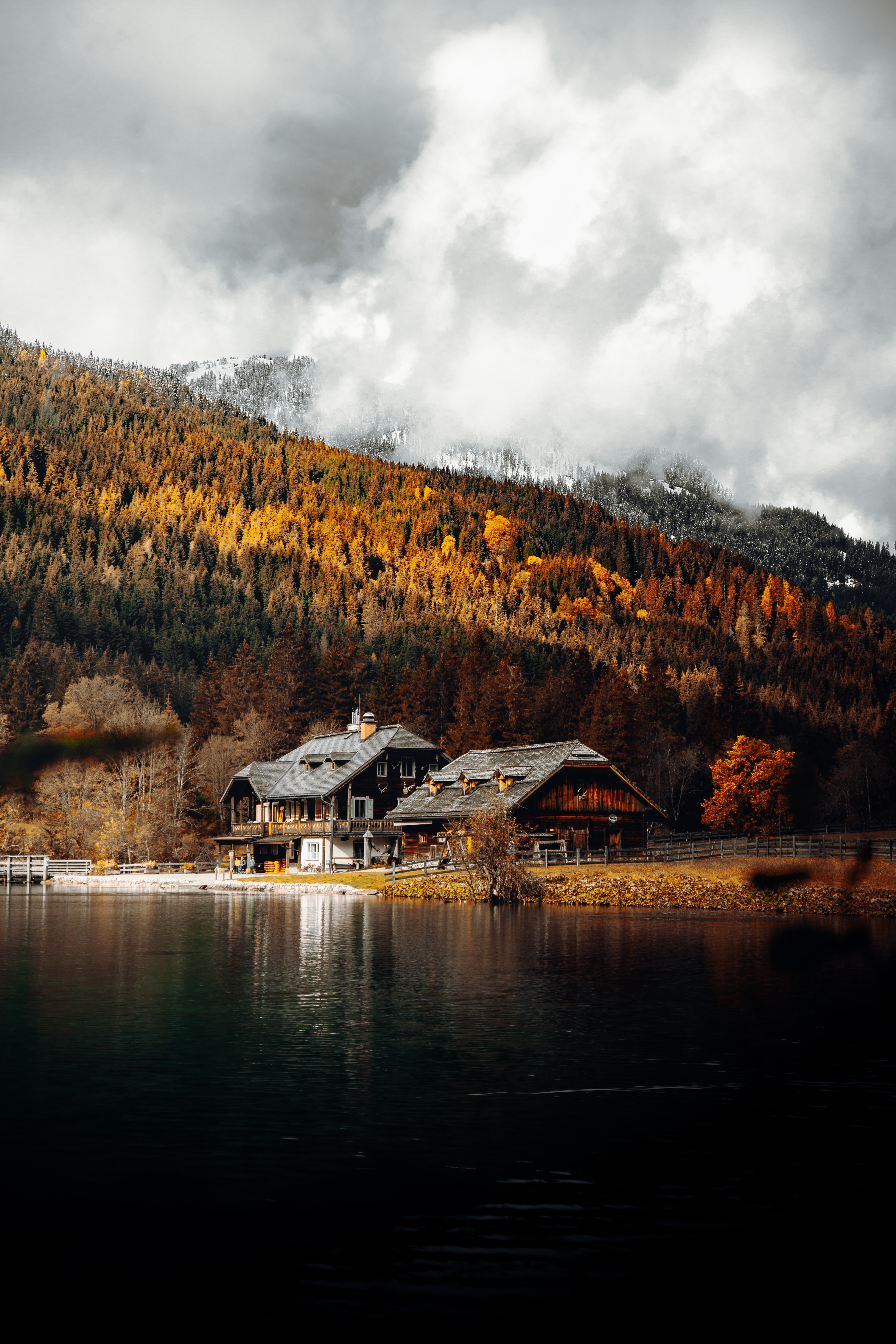 67362 download wallpaper Landscape, Nature, Autumn, Lake, Forest, House screensavers and pictures for free