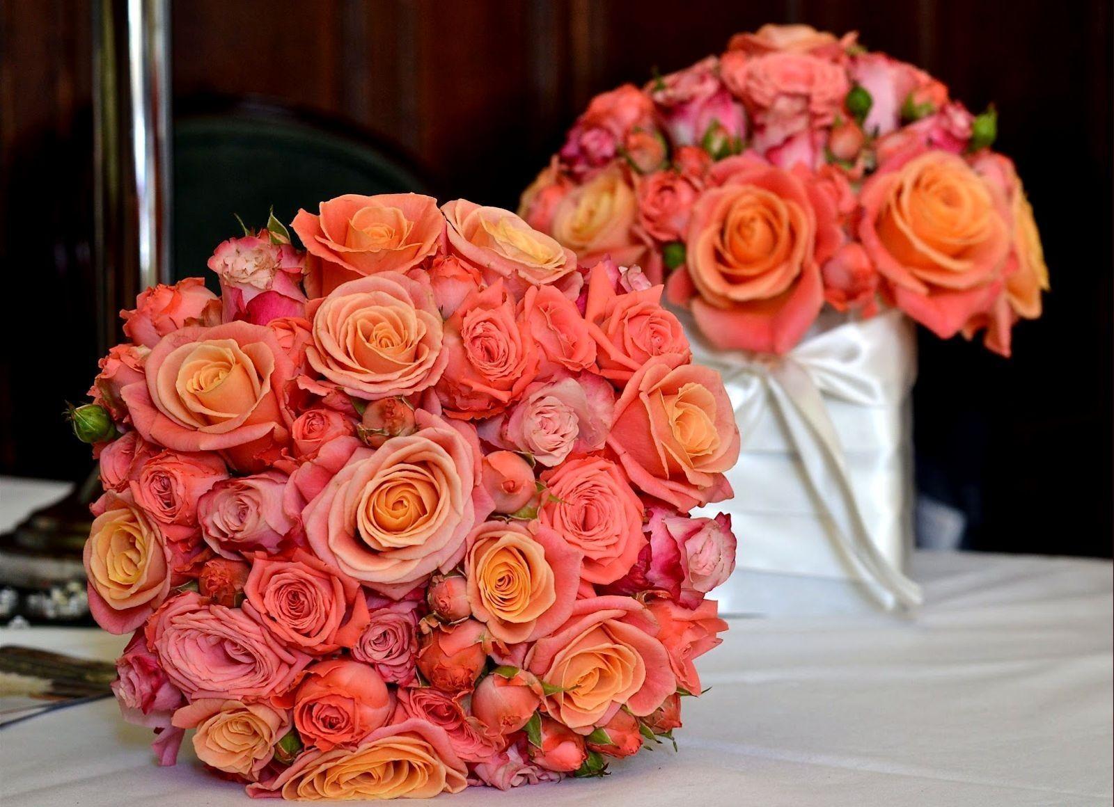 146124 télécharger le fond d'écran Fleurs, Composition, Balle, Ballon, Roses, Bouquets - économiseurs d'écran et images gratuitement