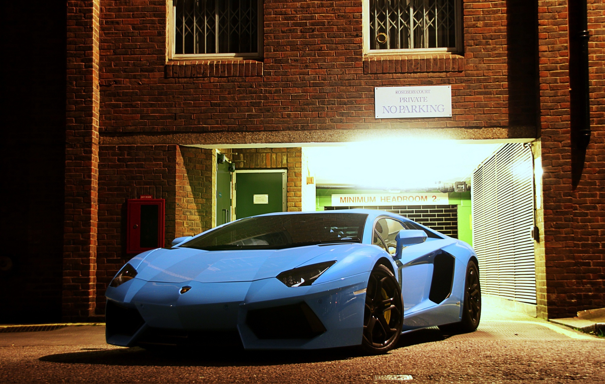 142568 download wallpaper Cars, Lamborghini, Front View, Aventador, Lp700-4 screensavers and pictures for free