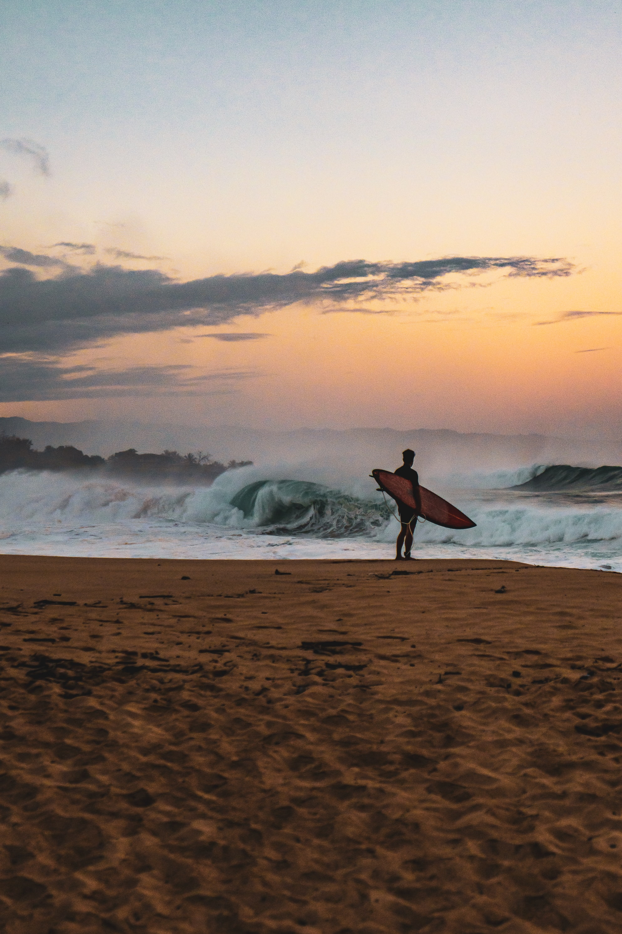 115447 download wallpaper Miscellanea, Miscellaneous, Surfer, Surfboard, Serfing, Beach, Wave, Ocean screensavers and pictures for free