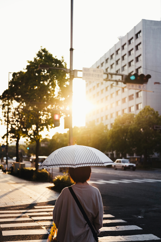 116877壁紙のダウンロードその他, 雑, 通り, 人間, 人, 傘, 市, 都市, サン-スクリーンセーバーと写真を無料で