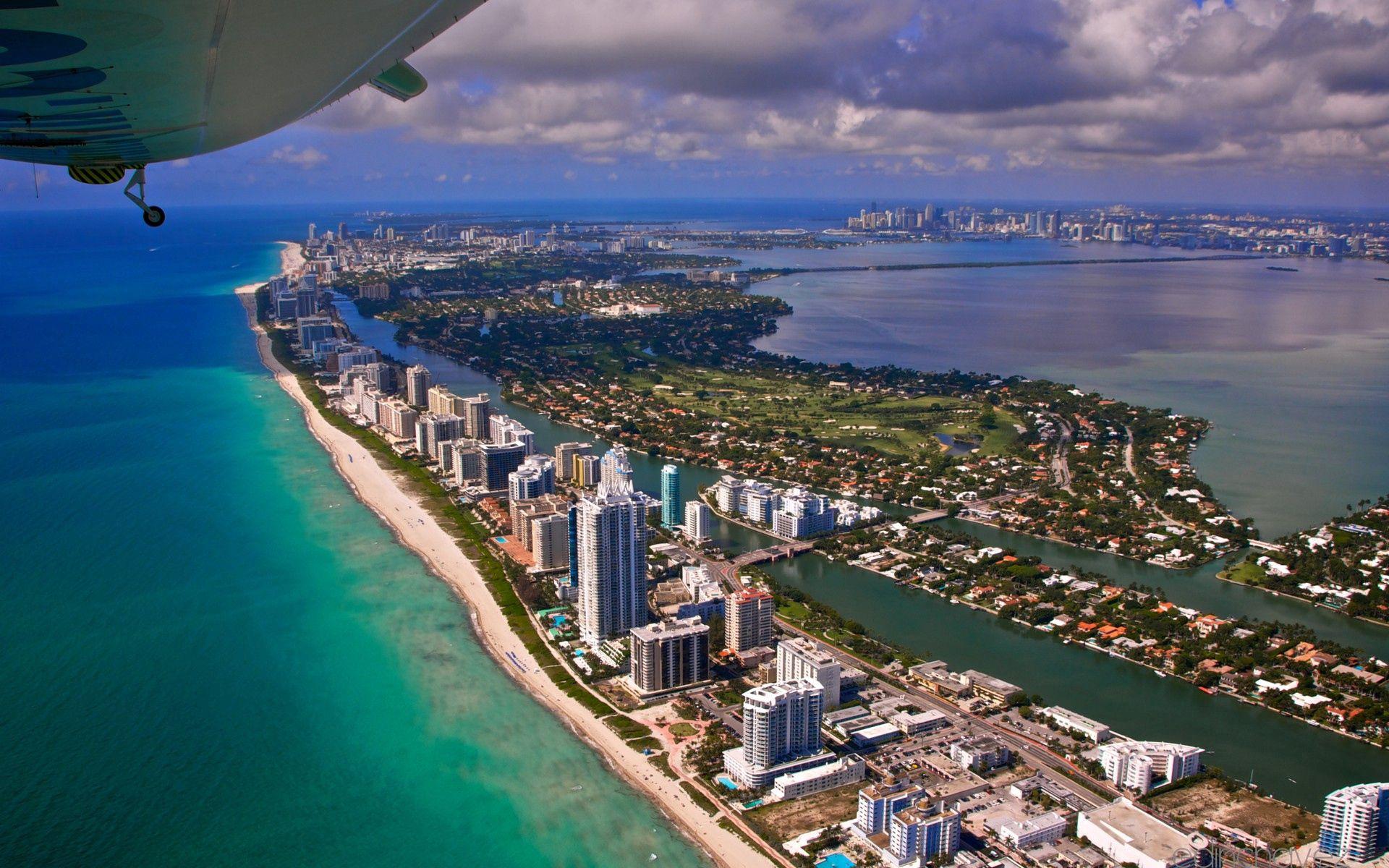 138886壁紙のダウンロードマイアミ, 市, 都市, フライト, 逃走, 上から見る, 海洋, 大洋-スクリーンセーバーと写真を無料で
