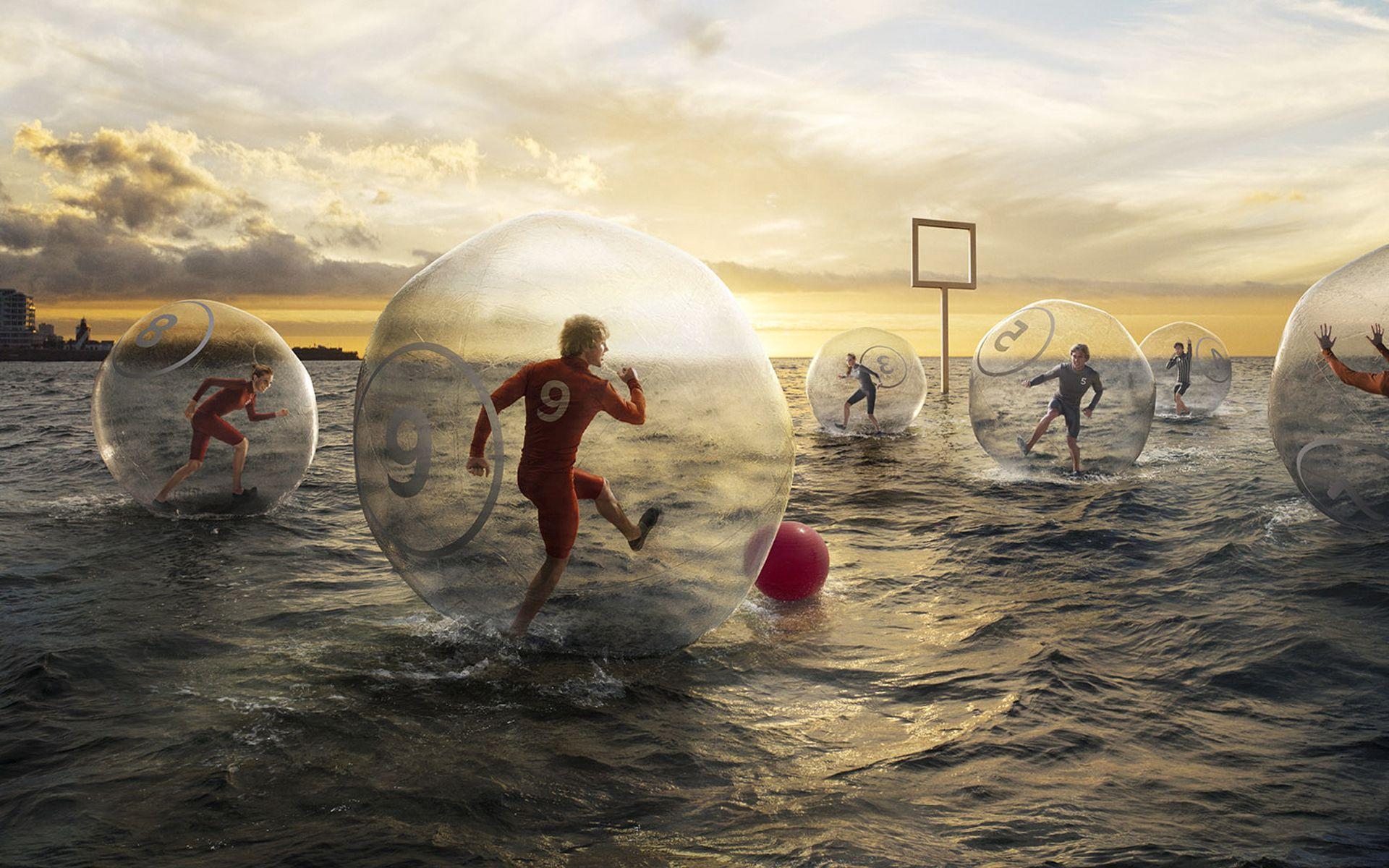 130481 скачать обои Спорт, Футбол, Вода, Шар, Мяч, Небо, Люди - заставки и картинки бесплатно