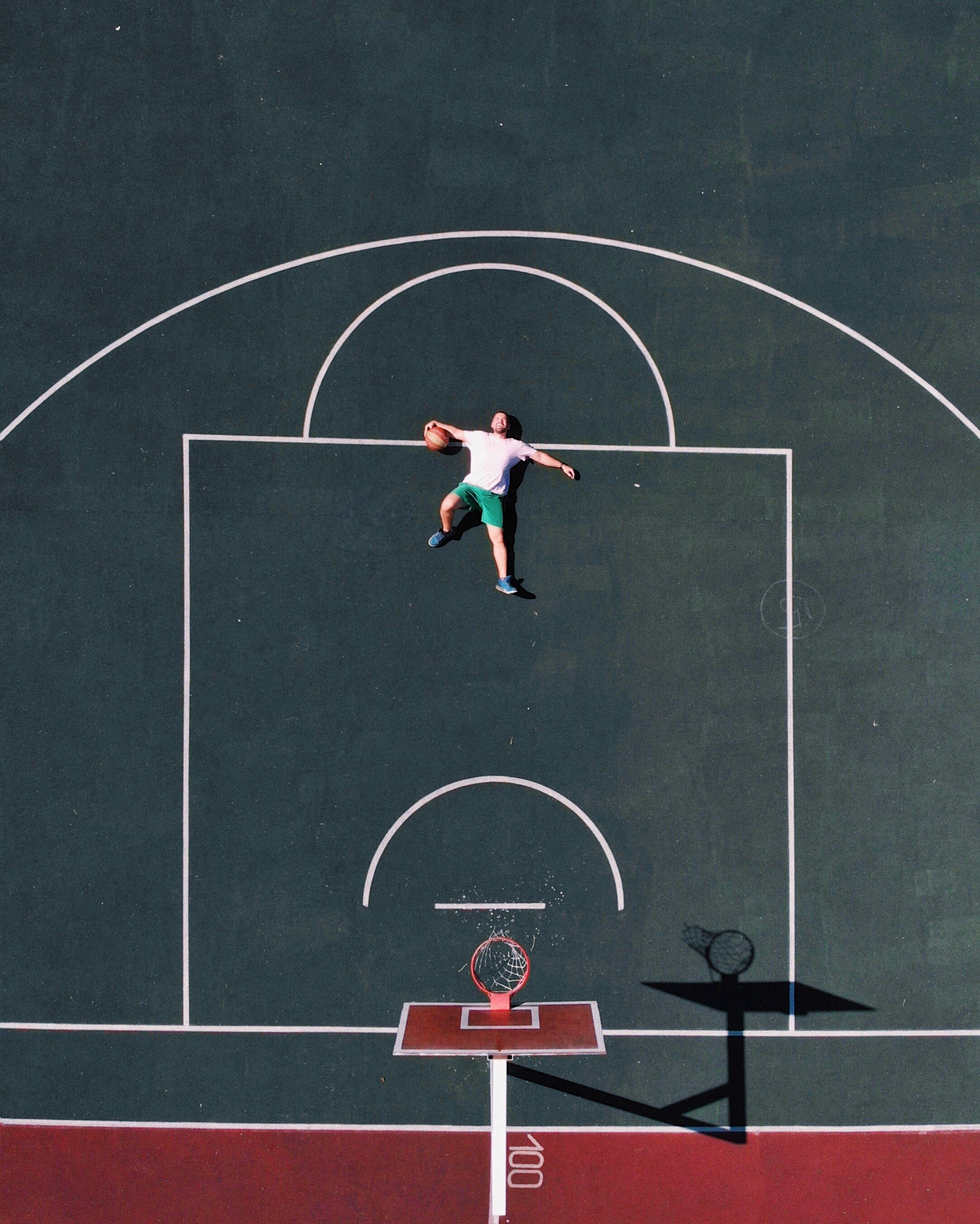 125946 Screensavers and Wallpapers Basketball for phone. Download Sports, Basketball Playground, Basketball Court, Basketball Player, View From Above, Basketball, Playground, Platform pictures for free