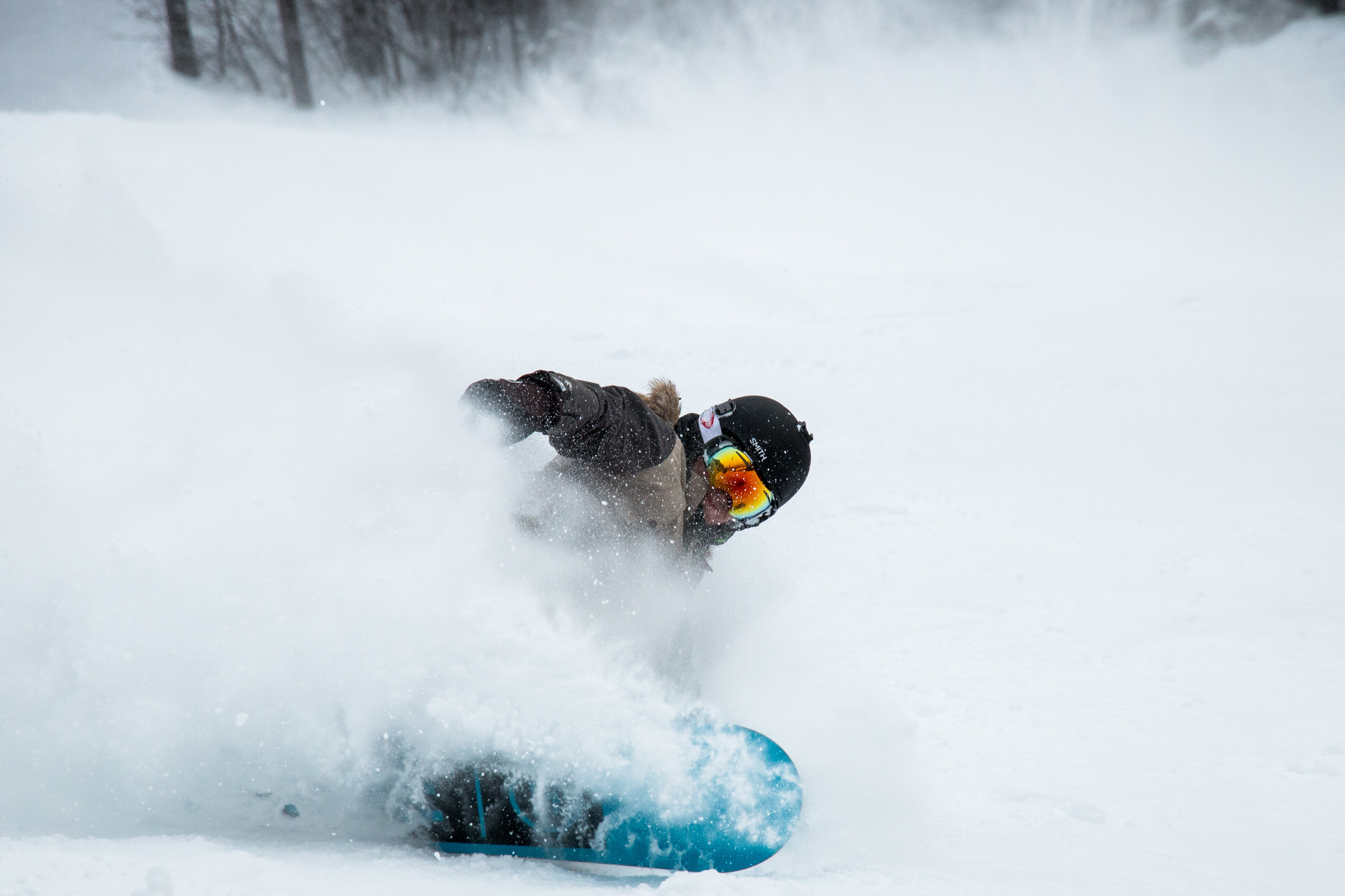 122885 download wallpaper Sports, Snowboard, Snowboarder, Snow, Helmet, Glasses, Spectacles screensavers and pictures for free