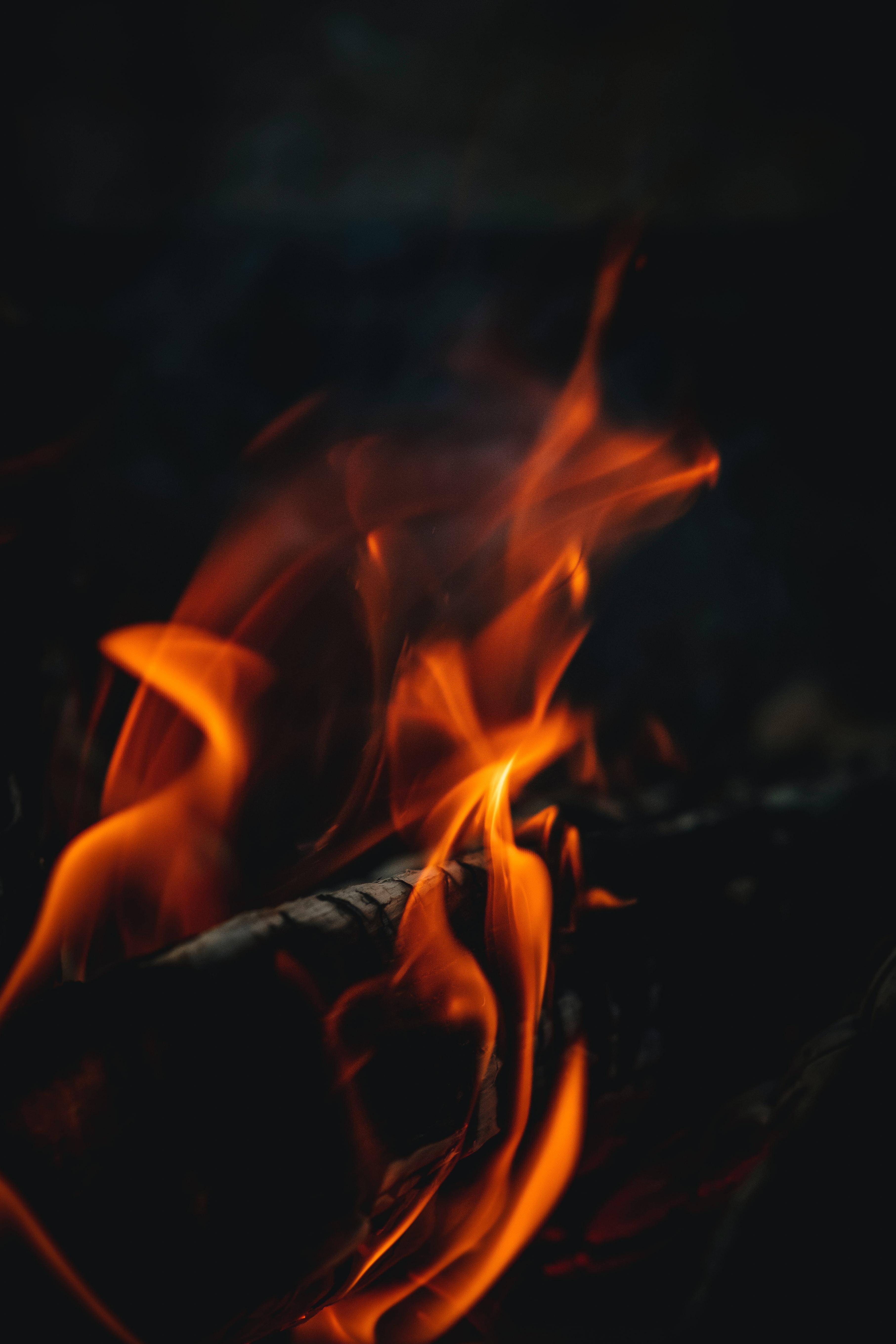 88947 免費下載壁紙 黑暗的, 黑暗, 火, 篝火, 火焰, 特写 屏保和圖片