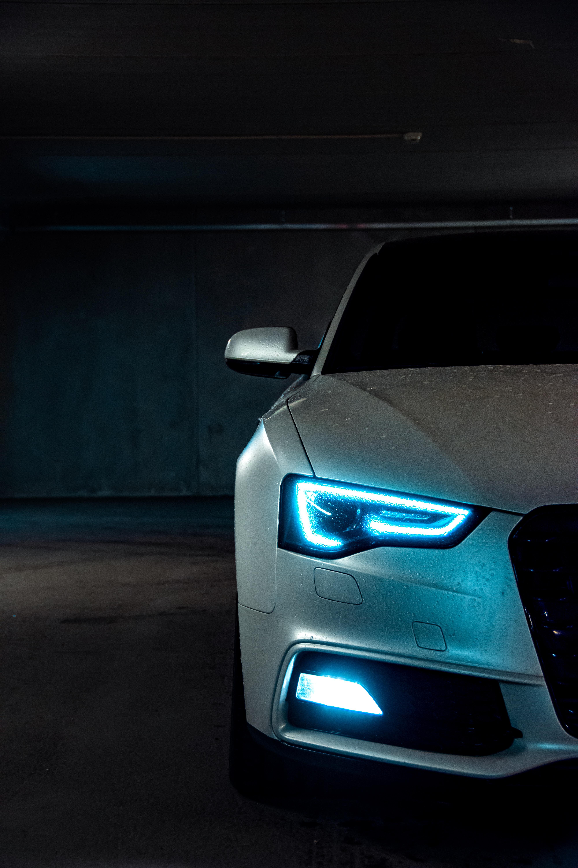 136228 скачать обои Ауди (Audi), Тачки (Cars), Свет, Неон, Фара, Audi A5, Ксенон - заставки и картинки бесплатно