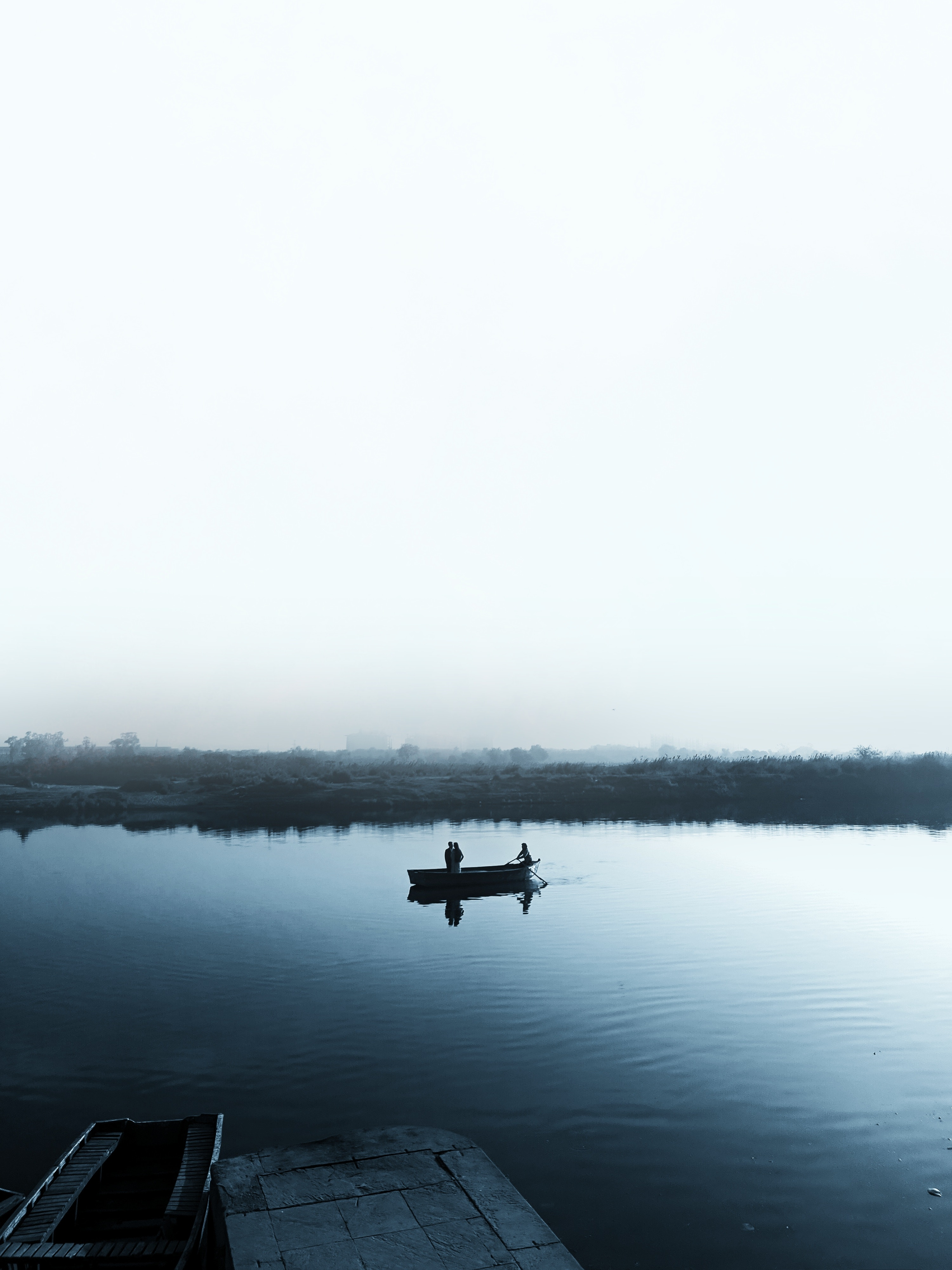 96800 download wallpaper Nature, Lake, Boat, Fog, Shore, Bank, Swim, Cloudless screensavers and pictures for free
