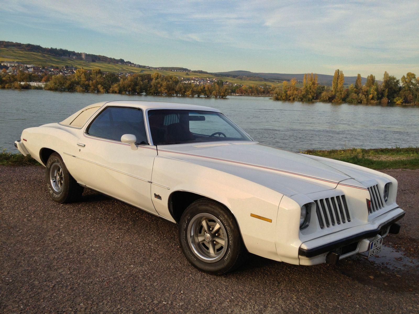 110662 скачать обои Тачки (Cars), 1975 Pontiac Grand Am, Pontiac Grand Ville, Машины, Вид Сбоку - заставки и картинки бесплатно