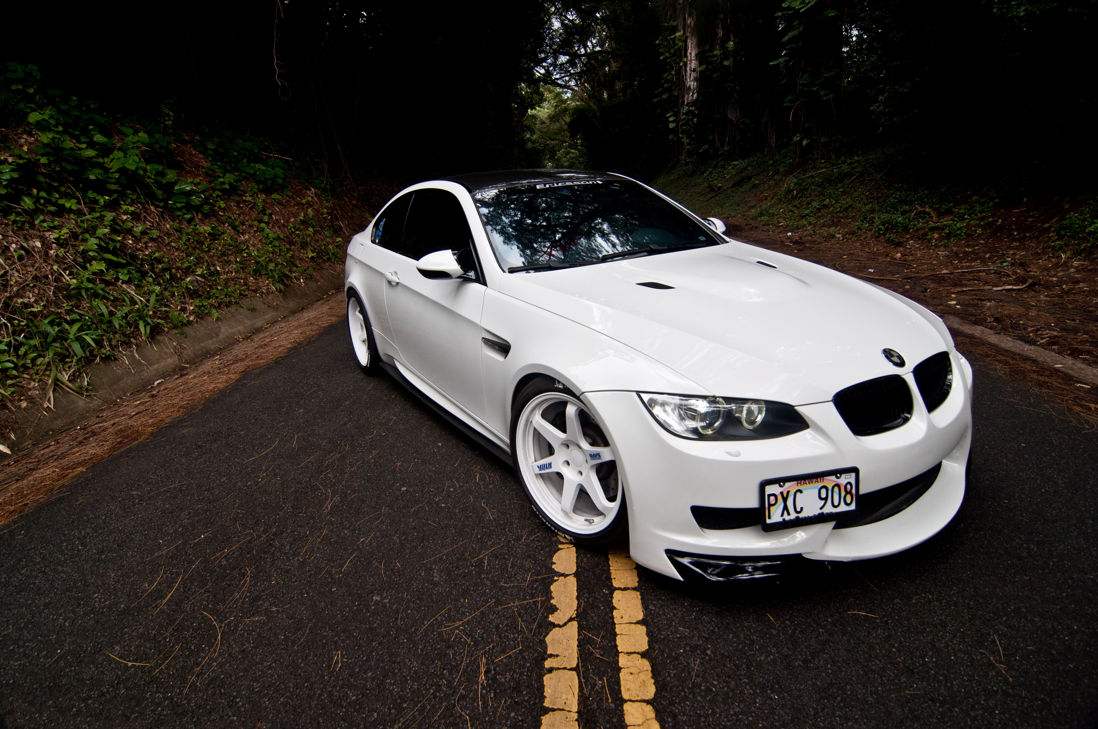 63582 Screensavers and Wallpapers Markup for phone. Download Bmw, Cars, Road, Markup, Hood, M3, Coupe, Compartment, E92 pictures for free