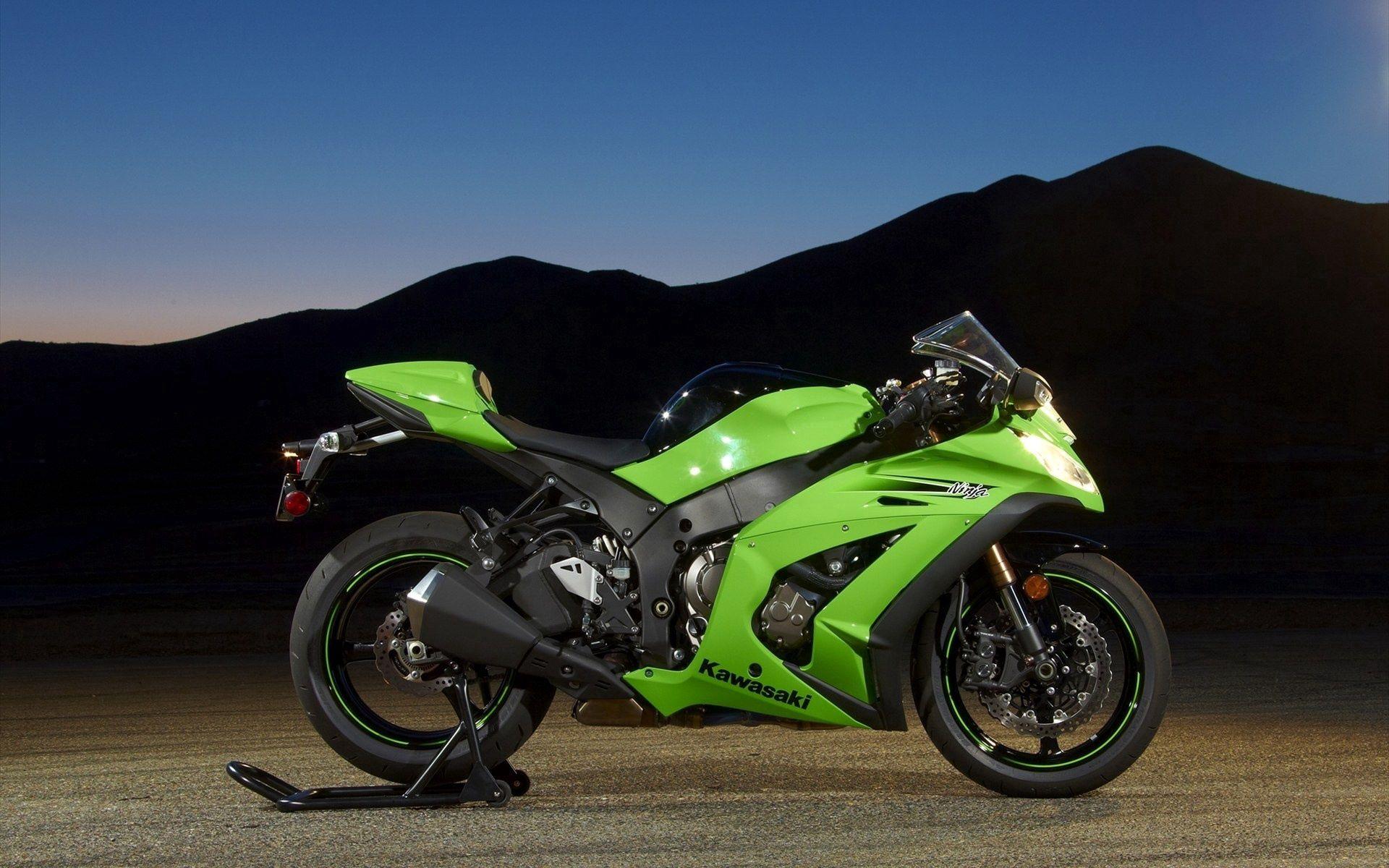 136531 скачать обои Мотоциклы, Kawasaki Ninja, Мотоцикл, Спорт - заставки и картинки бесплатно