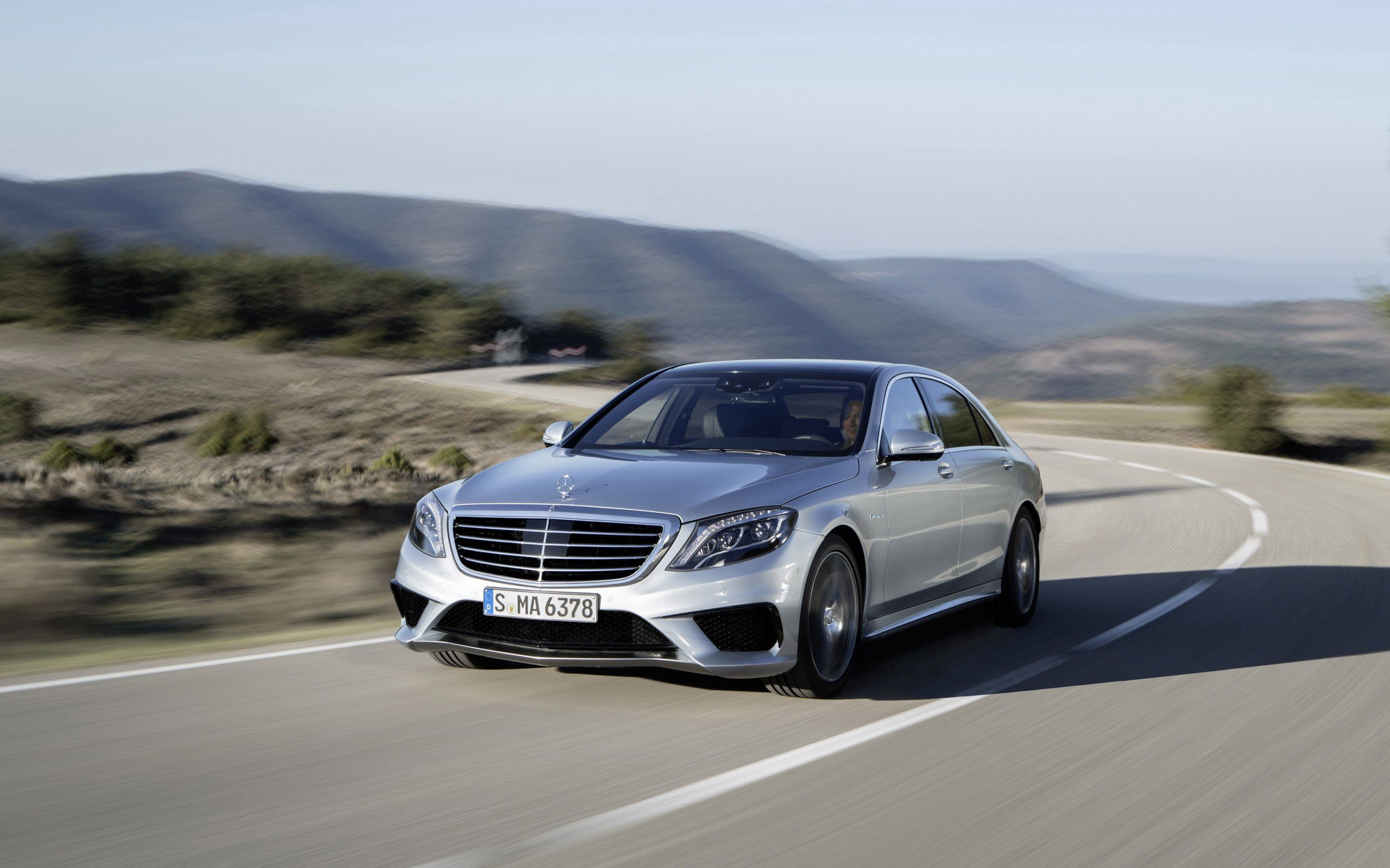 96597 download wallpaper Cars, Mercedes-Benz, 2014, Auto, Grey, Traffic, Movement, Speed screensavers and pictures for free