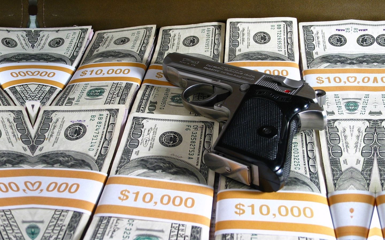 31022 скачать обои Оружие, Деньги, Объекты - заставки и картинки бесплатно