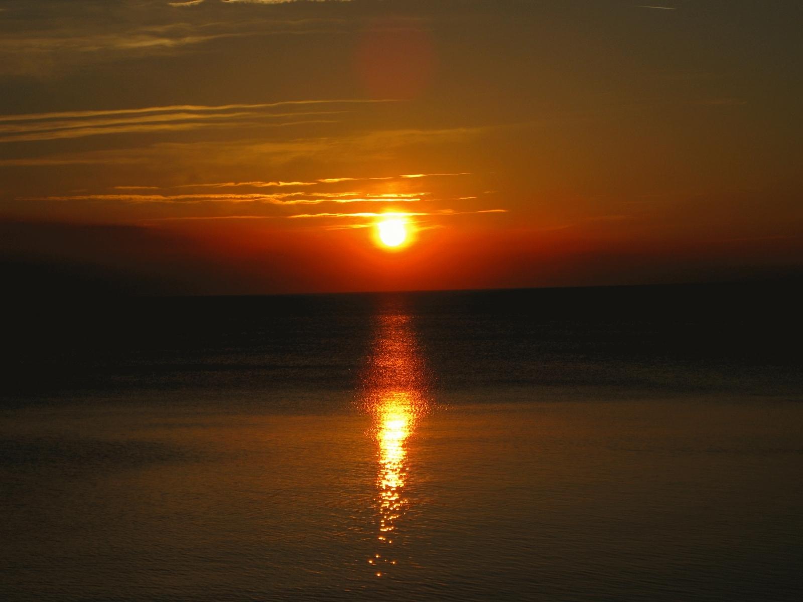 4990 скачать обои Пейзаж, Закат, Море, Солнце - заставки и картинки бесплатно