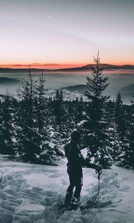 105668 Salvapantallas y fondos de pantalla Nieve en tu teléfono. Descarga imágenes de Oscuro, Esquiador, Nieve, Invierno, Árboles gratis