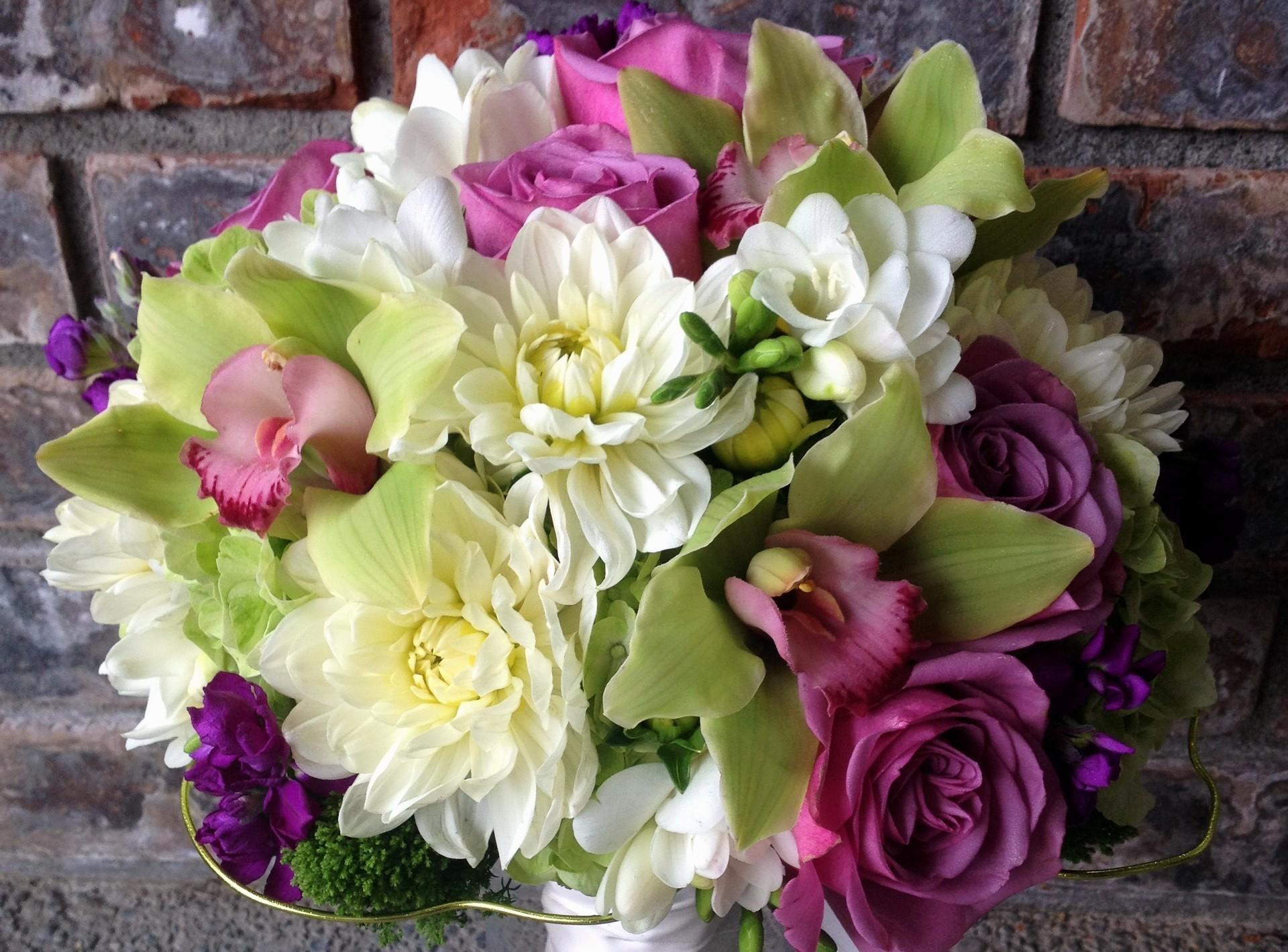 87250 скачать обои Цветы, Орхидеи, Цвет, Букет, Хризантемы, Розы - заставки и картинки бесплатно