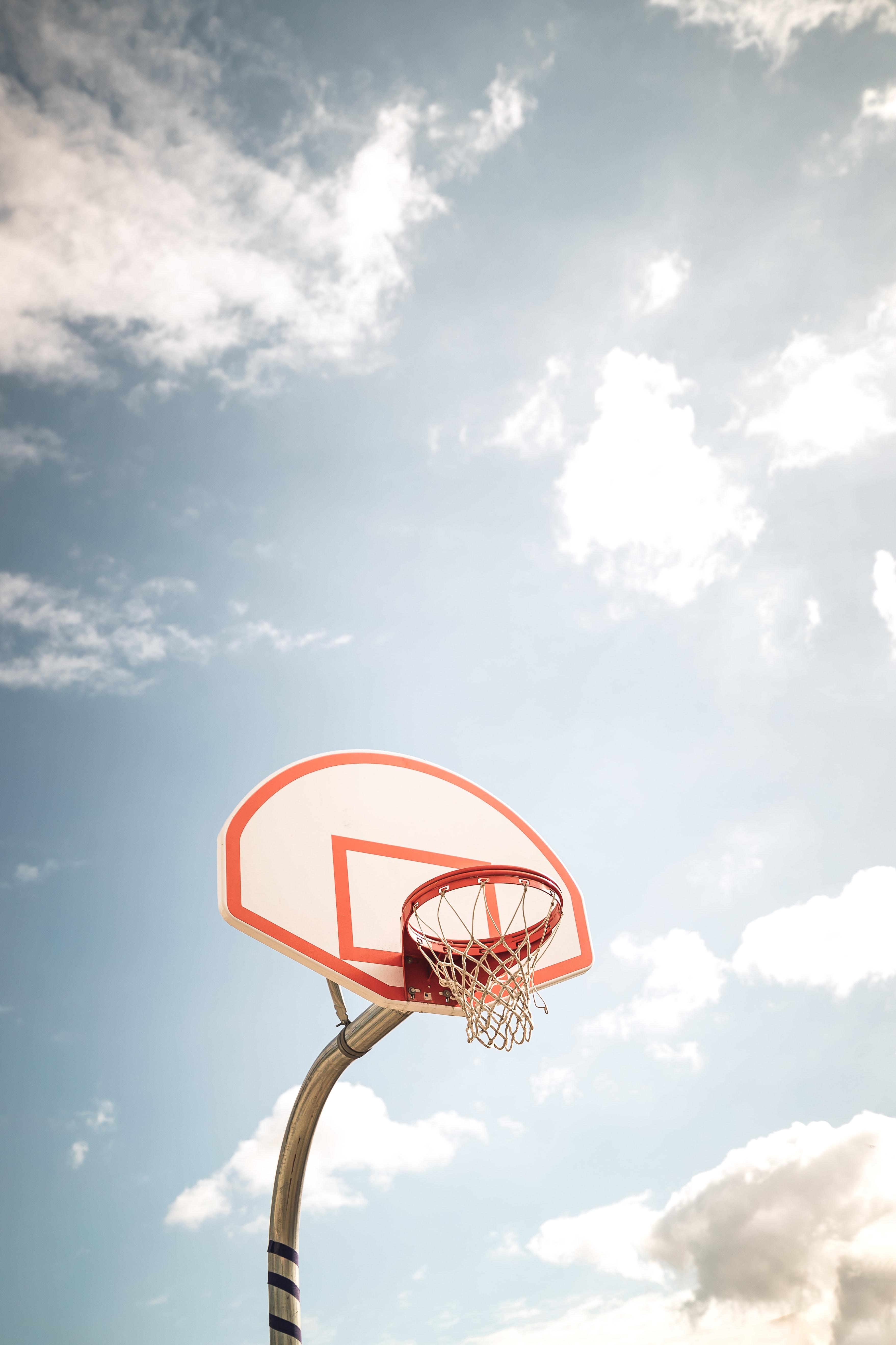 136858 скачать обои Спорт, Баскетбол, Баскетбольное Кольцо, Баскетбольный Щит, Небо - заставки и картинки бесплатно