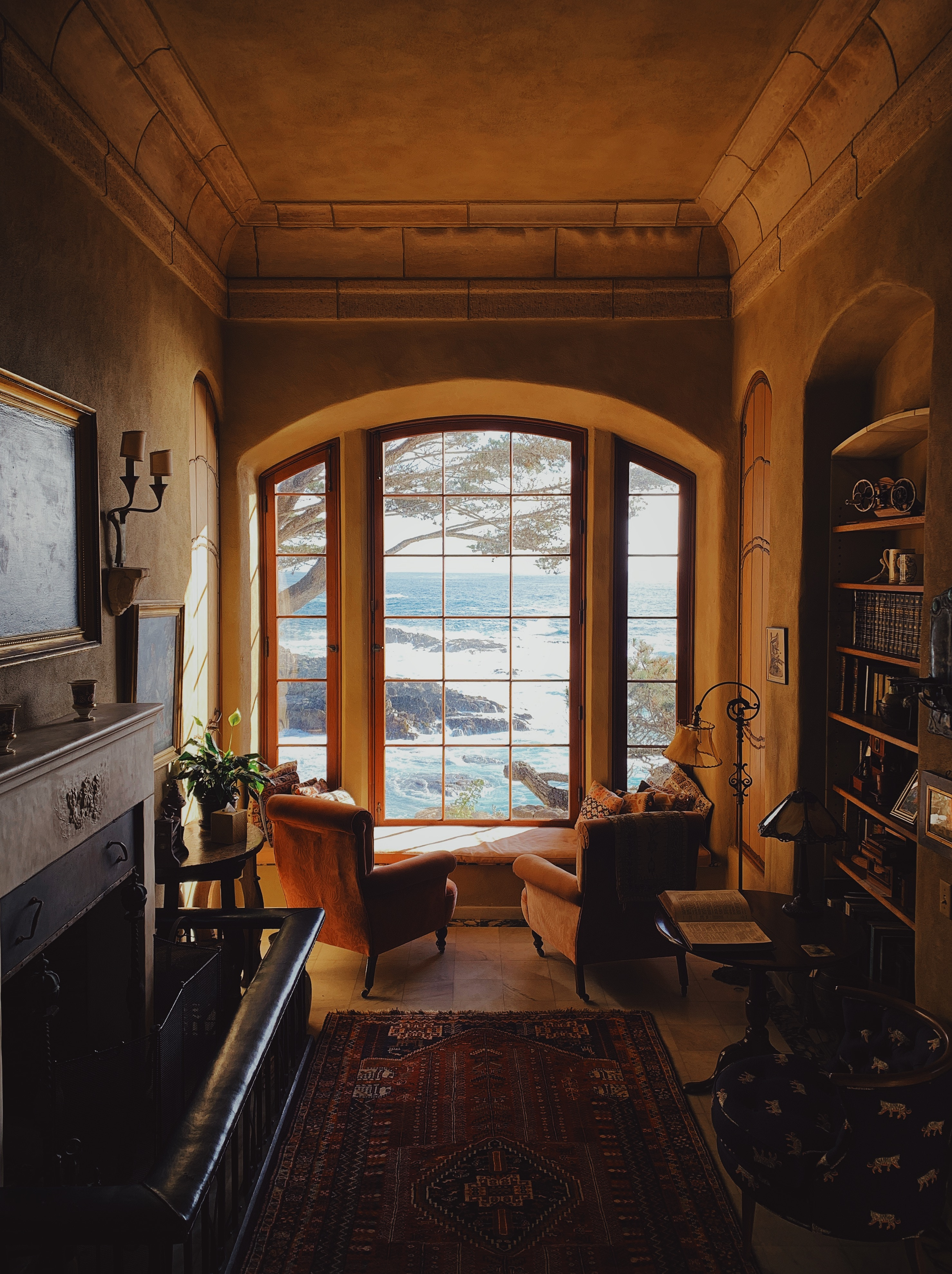 102470 download wallpaper Miscellanea, Miscellaneous, Room, Interior, Furniture, Window, View screensavers and pictures for free