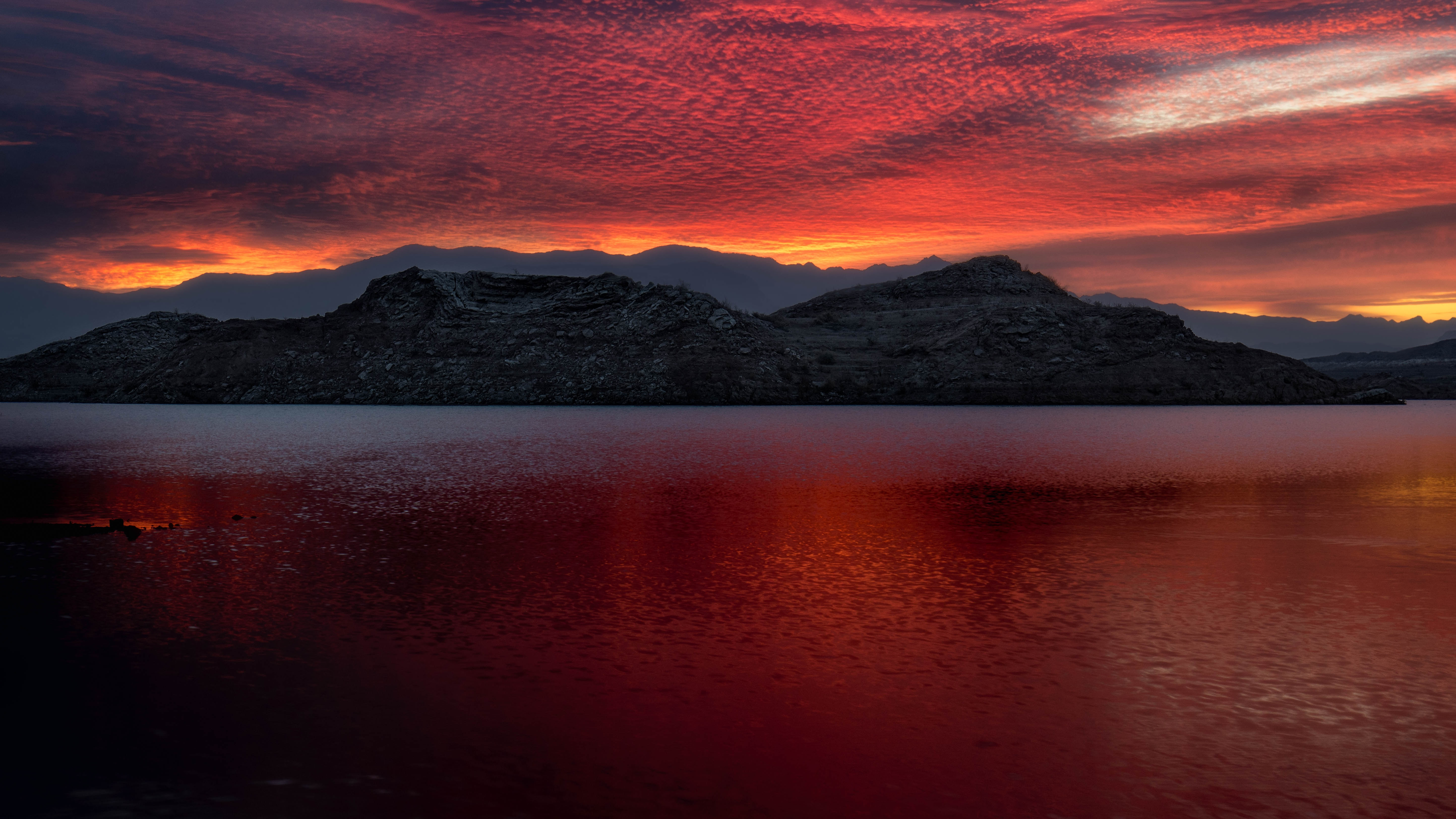 131251 download wallpaper Nature, Meade, Mfa, Usa, United States, Lake, Sunset, Mountains screensavers and pictures for free