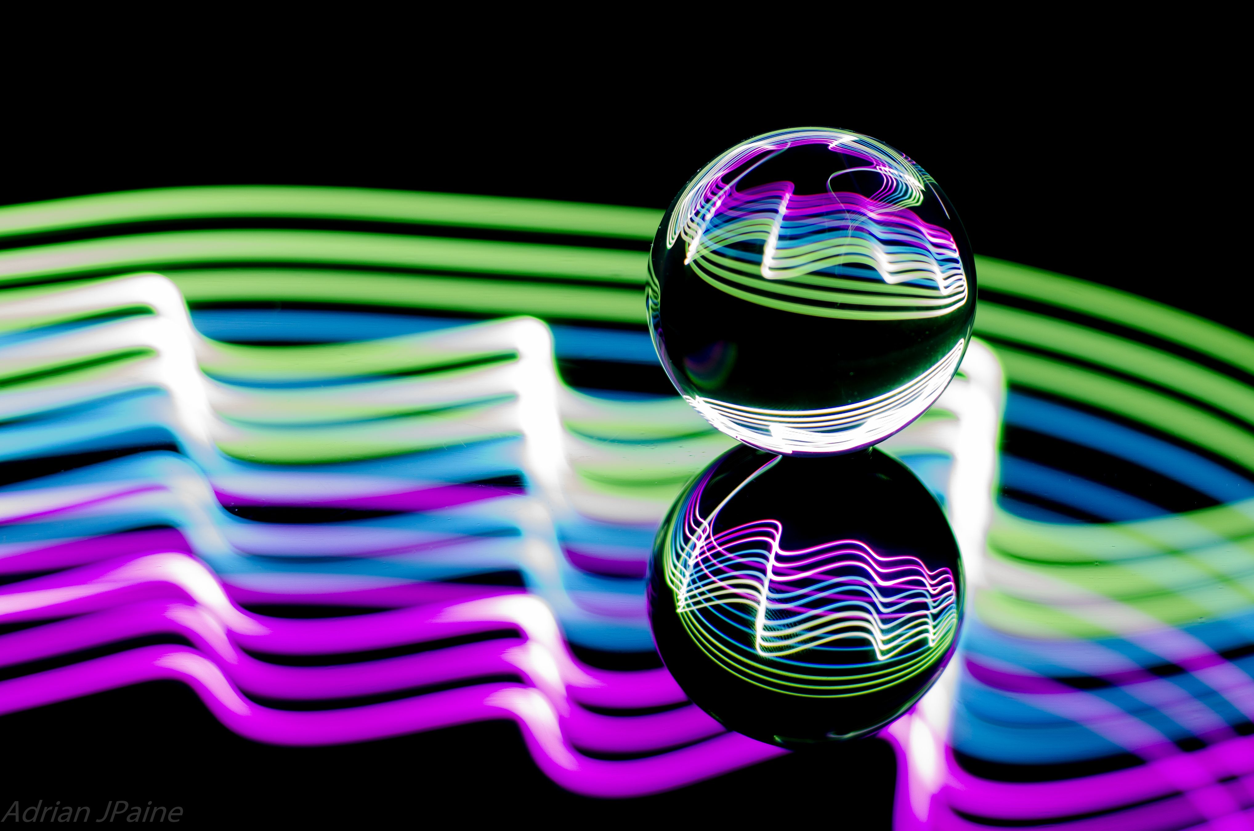 139344 download wallpaper Abstract, Ball, Glow, Reflection screensavers and pictures for free